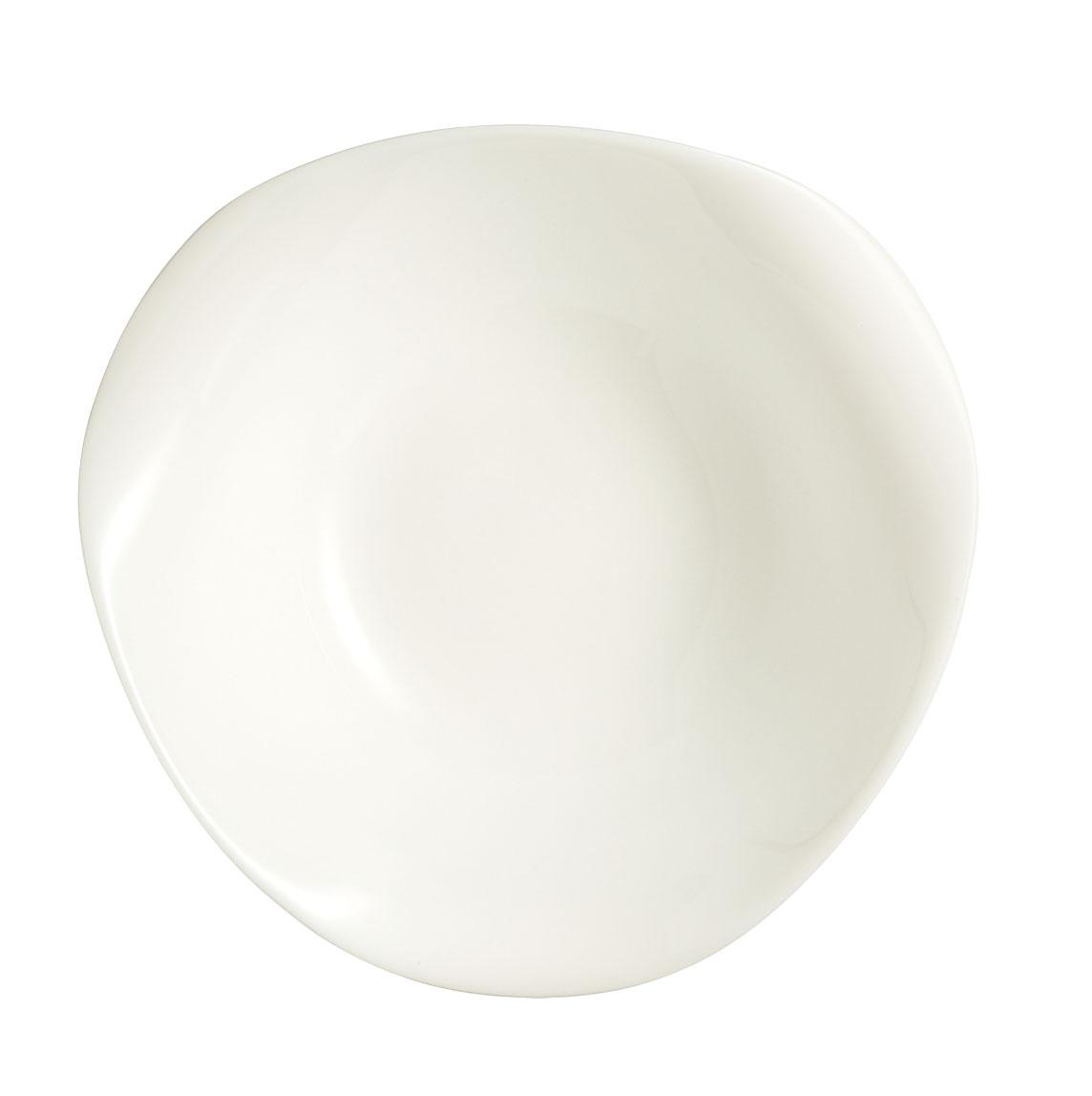 Салатник Luminarc Volare, 16 х 16 см400203Салатник Luminarc Volare выполнен из высококачественного стекла. Изделие сочетает в себе изысканный дизайн с максимальной функциональностью. Он прекрасно впишется в интерьер вашей кухни и станет достойным дополнением к кухонному инвентарю. Размер салатника (по верхнему краю): 16 х 16 см.