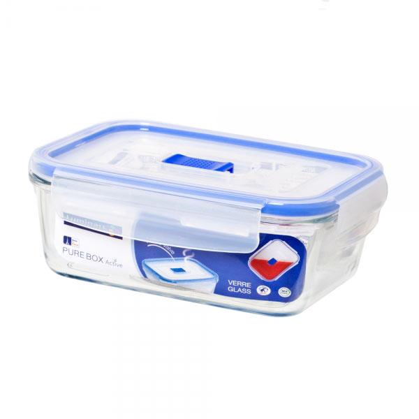 Контейнер Luminarc Pure Box Active, 820 мл. J5629VT-1520(SR)Прямоугольный контейнер Luminarc Pure Box Active изготовлен из жаропрочного закаленного стекла, устойчивого к высокому диапазону температур (от -40 до +250°С). Идеально подходит для хранения, охлаждения и заморозки пищевых продуктов, не выделяет вредных веществ при разогреве в микроволновке. Благодаря особым технологиям изготовления, изделие в течение всего срока службы не меняет цвет и не пропитывается запахами. Пластиковая крышка с силиконовой вставкой герметично защелкивается специальным механизмом. Клапан в крышке служит для выпуска пара при разогреве в микроволновке. Контейнер Luminarc Pure Box Active удобен для ежедневного использования в быту.Можно мыть в посудомоечной машине и использовать в СВЧ.