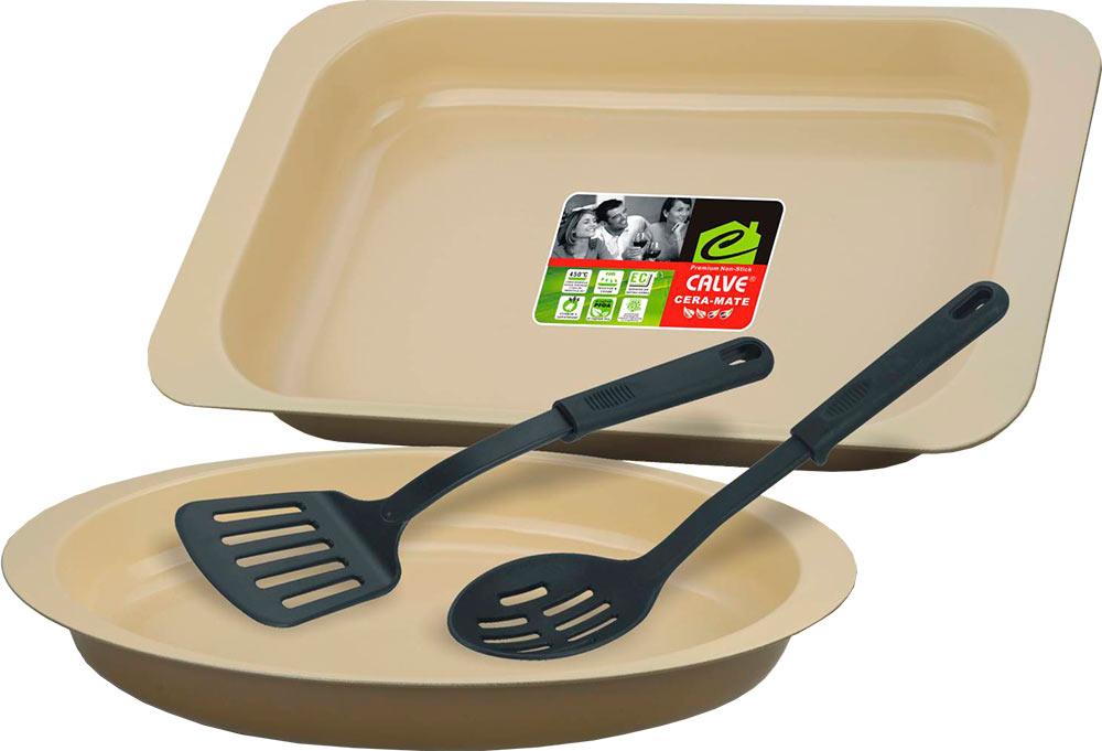 Набор для выпечки Calve, 4 предметаFS-91909Набор для выпечки Calve состоит из прямоугольной жаровни, овальной формы для выпечки и двух нейлоновых лопаток. Формы выполнены из высококачественной углеродистой стали с внутренним керамическим покрытием. Блюда равномерно нагреваются и пропекаются. Пища в такой форме не пригорает и не прилипает к стенкам, готовые блюда легко вынимаются. Износостойкая конструкция обеспечивает долгий срок службы. В комплекте также предусмотрены нейлоновые лопатки, безопасные для антипригарного покрытия. Формы можно использовать в духовом шкафу при температуре 200-260°С, а также мыть в посудомоечной машине. Размер жаровни: 40,5 х 24,5 х 5,5 см. Размер овальной формы: 38 х 23,3 х 5 см. Длина лопаток: 30 см.