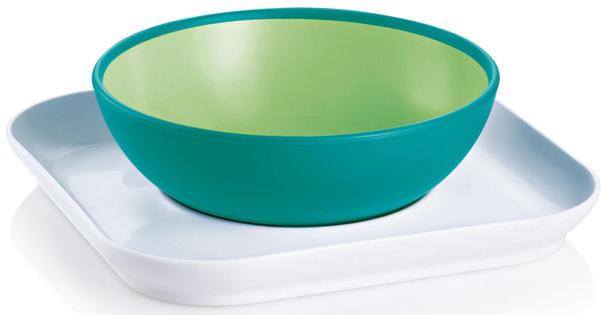 MAM Набор посуды для кормления Babys bowl & plate цвет зеленый6609EXP/3Набор посуды для кормления MAM Babys bowl & plate. Обучение шаг за шагом: 1-й шаг: плоская тарелка удерживает глубокую тарелку от опрокидывания. 2-й шаг: плоская тарелка используется уже в качестве самостоятельного блюда для еду. Противоскользящее покрытие тарелки позволит сделать процесс питания простым и интересным.