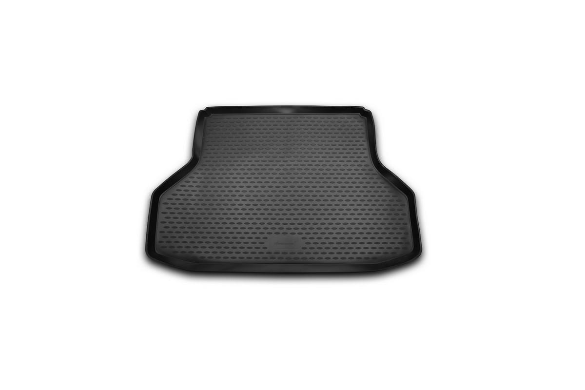 Коврик автомобильный Novline-Autofamily для Daewoo Gentra седан 2013-, в багажникFS-80264Автомобильный коврик Novline-Autofamily, изготовленный из полиуретана, позволит вам без особых усилий содержать в чистоте багажный отсек вашего авто и при этом перевозить в нем абсолютно любые грузы. Этот модельный коврик идеально подойдет по размерам багажнику вашего автомобиля. Такой автомобильный коврик гарантированно защитит багажник от грязи, мусора и пыли, которые постоянно скапливаются в этом отсеке. А кроме того, поддон не пропускает влагу. Все это надолго убережет важную часть кузова от износа. Коврик в багажнике сильно упростит для вас уборку. Согласитесь, гораздо проще достать и почистить один коврик, нежели весь багажный отсек. Тем более, что поддон достаточно просто вынимается и вставляется обратно. Мыть коврик для багажника из полиуретана можно любыми чистящими средствами или просто водой. При этом много времени у вас уборка не отнимет, ведь полиуретан устойчив к загрязнениям.Если вам приходится перевозить в багажнике тяжелые грузы, за сохранность коврика можете не беспокоиться. Он сделан из прочного материала, который не деформируется при механических нагрузках и устойчив даже к экстремальным температурам. А кроме того, коврик для багажника надежно фиксируется и не сдвигается во время поездки, что является дополнительной гарантией сохранности вашего багажа.Коврик имеет форму и размеры, соответствующие модели данного автомобиля.