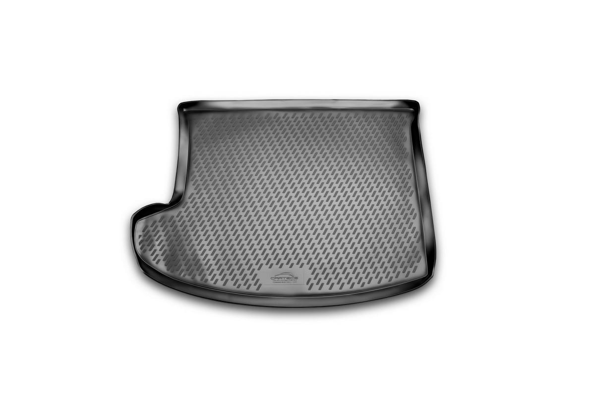 Коврик автомобильный Novline-Autofamily для Jeep Compass New кроссовер 2011-, в багажникCARJEP00004Автомобильный коврик Novline-Autofamily, изготовленный из полиуретана, позволит вам без особых усилий содержать в чистоте багажный отсек вашего авто и при этом перевозить в нем абсолютно любые грузы. Этот модельный коврик идеально подойдет по размерам багажнику вашего автомобиля. Такой автомобильный коврик гарантированно защитит багажник от грязи, мусора и пыли, которые постоянно скапливаются в этом отсеке. А кроме того, поддон не пропускает влагу. Все это надолго убережет важную часть кузова от износа. Коврик в багажнике сильно упростит для вас уборку. Согласитесь, гораздо проще достать и почистить один коврик, нежели весь багажный отсек. Тем более, что поддон достаточно просто вынимается и вставляется обратно. Мыть коврик для багажника из полиуретана можно любыми чистящими средствами или просто водой. При этом много времени у вас уборка не отнимет, ведь полиуретан устойчив к загрязнениям.Если вам приходится перевозить в багажнике тяжелые грузы, за сохранность коврика можете не беспокоиться. Он сделан из прочного материала, который не деформируется при механических нагрузках и устойчив даже к экстремальным температурам. А кроме того, коврик для багажника надежно фиксируется и не сдвигается во время поездки, что является дополнительной гарантией сохранности вашего багажа.Коврик имеет форму и размеры, соответствующие модели данного автомобиля.