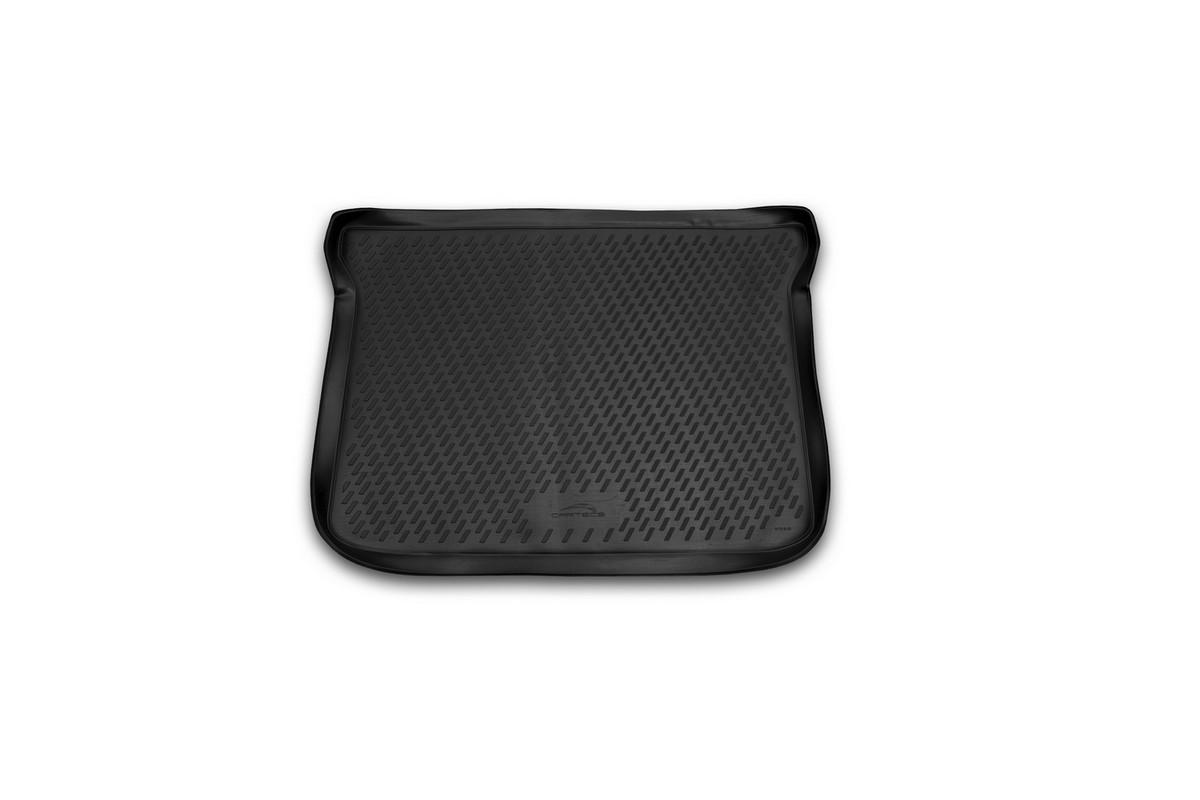 Коврик автомобильный Novline-Autofamily для Lifan X50 кроссовер 06/2015-, в багажникFS-80423Автомобильный коврик Novline-Autofamily, изготовленный из полиуретана, позволит вам без особых усилий содержать в чистоте багажный отсек вашего авто и при этом перевозить в нем абсолютно любые грузы. Этот модельный коврик идеально подойдет по размерам багажнику вашего автомобиля. Такой автомобильный коврик гарантированно защитит багажник от грязи, мусора и пыли, которые постоянно скапливаются в этом отсеке. А кроме того, поддон не пропускает влагу. Все это надолго убережет важную часть кузова от износа. Коврик в багажнике сильно упростит для вас уборку. Согласитесь, гораздо проще достать и почистить один коврик, нежели весь багажный отсек. Тем более, что поддон достаточно просто вынимается и вставляется обратно. Мыть коврик для багажника из полиуретана можно любыми чистящими средствами или просто водой. При этом много времени у вас уборка не отнимет, ведь полиуретан устойчив к загрязнениям.Если вам приходится перевозить в багажнике тяжелые грузы, за сохранность коврика можете не беспокоиться. Он сделан из прочного материала, который не деформируется при механических нагрузках и устойчив даже к экстремальным температурам. А кроме того, коврик для багажника надежно фиксируется и не сдвигается во время поездки, что является дополнительной гарантией сохранности вашего багажа.Коврик имеет форму и размеры, соответствующие модели данного автомобиля.