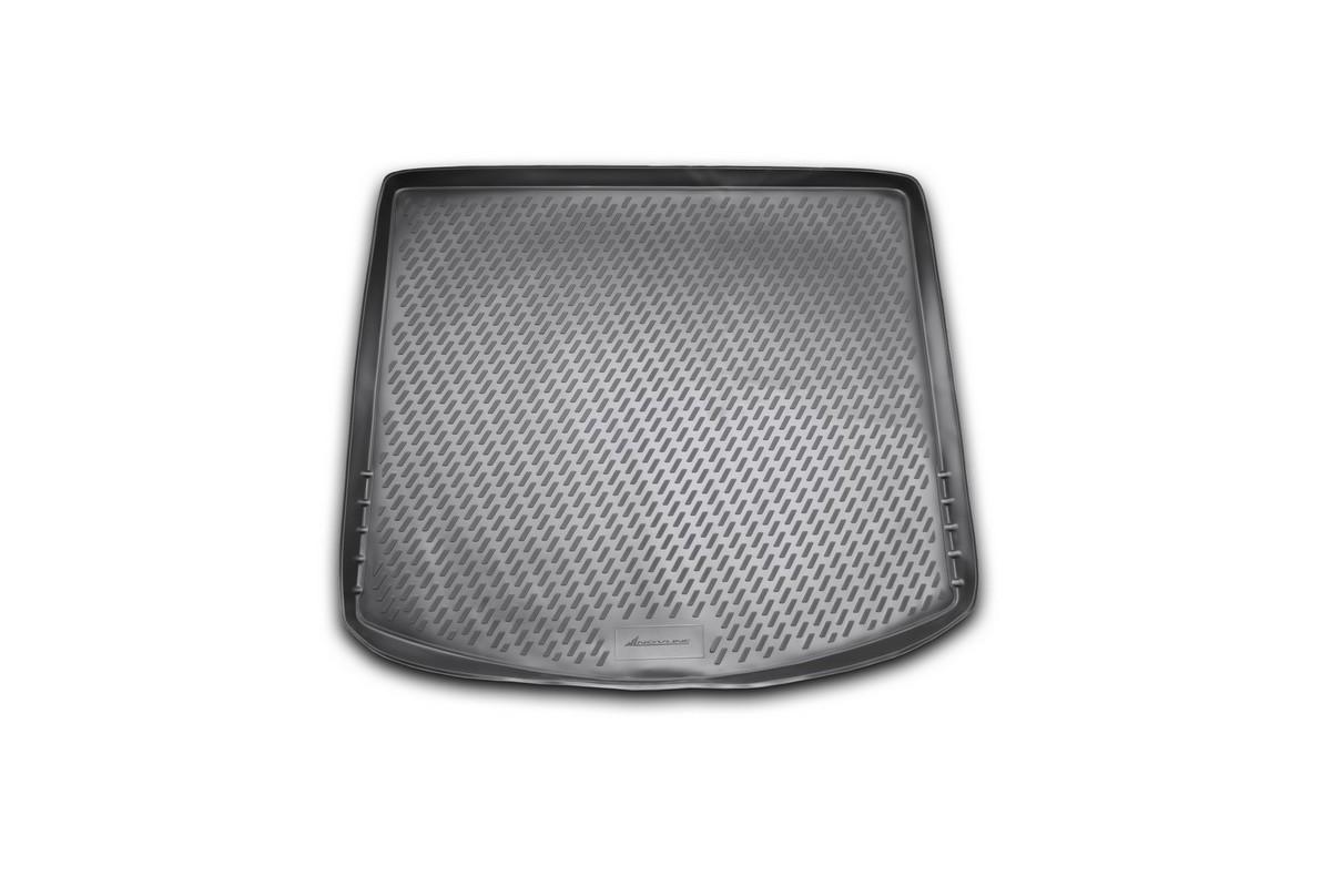 Коврик в багажник MAZDA CX 5, 2011->, кросс. (полиуретан)98295719Автомобильный коврик в багажник позволит вам без особых усилий содержать в чистоте багажный отсек вашего авто и при этом перевозить в нем абсолютно любые грузы. Этот модельный коврик идеально подойдет по размерам багажнику вашего авто. Такой автомобильный коврик гарантированно защитит багажник вашего автомобиля от грязи, мусора и пыли, которые постоянно скапливаются в этом отсеке. А кроме того, поддон не пропускает влагу. Все это надолго убережет важную часть кузова от износа. Коврик в багажнике сильно упростит для вас уборку. Согласитесь, гораздо проще достать и почистить один коврик, нежели весь багажный отсек. Тем более, что поддон достаточно просто вынимается и вставляется обратно. Мыть коврик для багажника из полиуретана можно любыми чистящими средствами или просто водой. При этом много времени у вас уборка не отнимет, ведь полиуретан устойчив к загрязнениям.Если вам приходится перевозить в багажнике тяжелые грузы, за сохранность автоковрика можете не беспокоиться. Он сделан из прочного материала, который не деформируется при механических нагрузках и устойчив даже к экстремальным температурам. А кроме того, коврик для багажника надежно фиксируется и не сдвигается во время поездки — это дополнительная гарантия сохранности вашего багажа.