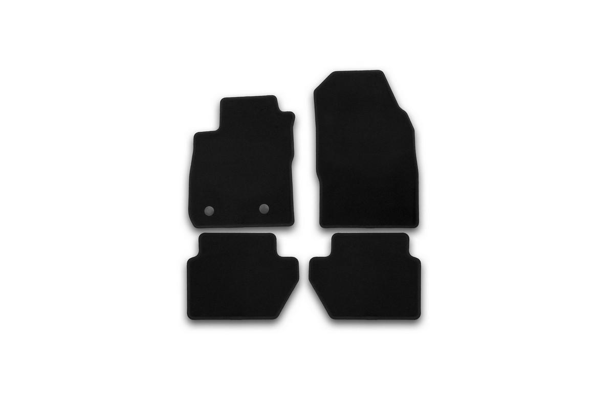 Набор автомобильных ковриков Klever для Ford Ecosport 2014-, кроссовер, в салон, 4 шт. KVR01169101200kFS-80264Набор автомобильных ковриков Klever, изготовленный из текстиля, состоит из 4 ковриков, которые учитывают все особенности каждой модели автомобиля и полностью повторяют контуры пола. Текстильные автомобильные коврики для салона произведены из высококачественного материала, который держит форму, прочный и не пачкает обувь. Коврики в салон не только улучшат внешний вид салона вашего автомобиля, но и надежно уберегут его от пыли, грязи и сырости, а значит, защитят кузов от коррозии. Текстильные коврики для автомобиля мягкие и приятные, а их основа из вспененного полиуретана не пропускает влагу. Ковры для автомобилей надежно крепятся на полу и не скользят, что очень важно во время движения. Чистятся коврики очень просто: как при помощи автомобильного пылесоса, так и различными моющими средствами. Набор подходит для Ford Ecosport кроссовер с 2014 года выпуска.