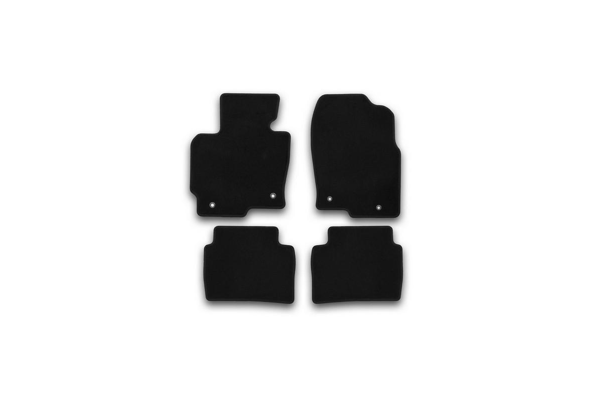 Набор автомобильных ковриков Klever для Mazda CX5 АКПП 2011-, внедорожник, в салон, 4 шт. KVR01332201200kВетерок 2ГФНабор автомобильных ковриков Klever, изготовленный из текстиля, состоит из 4 ковриков, которые учитывают все особенности каждой модели автомобиля и полностью повторяют контуры пола. Текстильные автомобильные коврики для салона произведены из высококачественного материала, который держит форму, прочный и не пачкает обувь. Коврики в салон не только улучшат внешний вид салона вашего автомобиля, но и надежно уберегут его от пыли, грязи и сырости, а значит, защитят кузов от коррозии. Текстильные коврики для автомобиля мягкие и приятные, а их основа из вспененного полиуретана не пропускает влагу. Ковры для автомобилей надежно крепятся на полу и не скользят, что очень важно во время движения. Чистятся коврики очень просто: как при помощи автомобильного пылесоса, так и различными моющими средствами. Набор подходит для Mazda CX5 АКПП внедорожник с 2011 года выпуска.