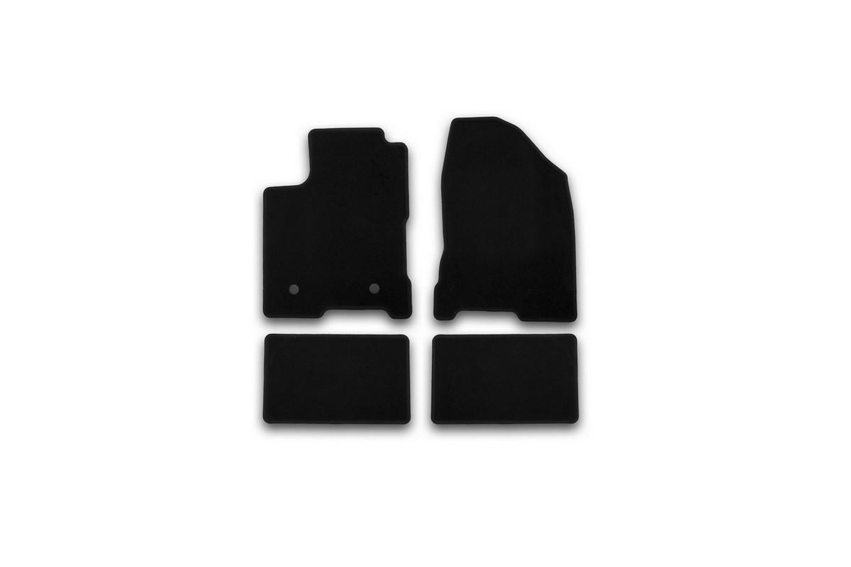 Набор автомобильных ковриков Klever для Lada Vesta 2015-, седан, в салон, 4 шт. KVR01523301200kTEMP-05Набор автомобильных ковриков Klever, изготовленный из текстиля, состоит из 4 ковриков, которые учитывают все особенности каждой модели автомобиля и полностью повторяют контуры пола. Текстильные автомобильные коврики для салона произведены из высококачественного материала, который держит форму, прочный и не пачкает обувь. Коврики в салон не только улучшат внешний вид салона вашего автомобиля, но и надежно уберегут его от пыли, грязи и сырости, а значит, защитят кузов от коррозии. Текстильные коврики для автомобиля мягкие и приятные, а их основа из вспененного полиуретана не пропускает влагу. Ковры для автомобилей надежно крепятся на полу и не скользят, что очень важно во время движения. Чистятся коврики очень просто: как при помощи автомобильного пылесоса, так и различными моющими средствами. Набор подходит для Lada Vesta седан с 2015 года выпуска.
