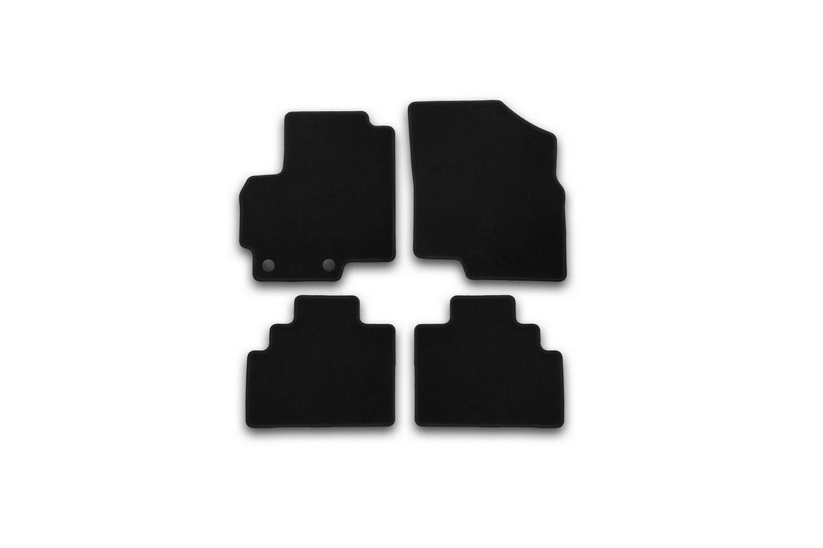 Набор автомобильных ковриков Klever для Chery Tiggo (T21) 2014-, в салон, 4 шт. KVR01631401200kВетерок 2ГФНабор автомобильных ковриков Klever, изготовленный из текстиля, состоит из 4 ковриков, которые учитывают все особенности каждой модели автомобиля и полностью повторяют контуры пола. Текстильные автомобильные коврики для салона произведены из высококачественного материала, который держит форму, прочный и не пачкает обувь. Коврики в салон не только улучшат внешний вид салона вашего автомобиля, но и надежно уберегут его от пыли, грязи и сырости, а значит, защитят кузов от коррозии. Текстильные коврики для автомобиля мягкие и приятные, а их основа из вспененного полиуретана не пропускает влагу. Ковры для автомобилей надежно крепятся на полу и не скользят, что очень важно во время движения. Чистятся коврики очень просто: как при помощи автомобильного пылесоса, так и различными моющими средствами. Набор подходит для Chery Tiggo (T21) с 2014 года выпуска.