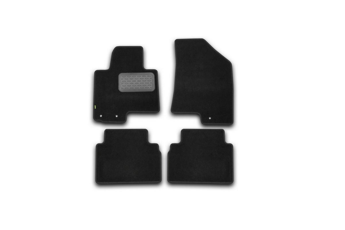 Набор автомобильных ковриков Klever для Kia Sportage 2010-, внедорожник, в салон, 4 штNLC.48.10.B11Набор автомобильных ковриков Klever, изготовленный из текстиля, состоит из 4 ковриков, которые учитывают все особенности каждой модели автомобиля и полностью повторяют контуры пола. Текстильные автомобильные коврики для салона произведены из высококачественного материала, который держит форму, прочный и не пачкает обувь. Коврики в салон не только улучшат внешний вид салона вашего автомобиля, но и надежно уберегут его от пыли, грязи и сырости, а значит, защитят кузов от коррозии. Текстильные коврики для автомобиля мягкие и приятные, а их основа из вспененного полиуретана не пропускает влагу. Ковры для автомобилей надежно крепятся на полу и не скользят, что очень важно во время движения. Чистятся коврики очень просто: как при помощи автомобильного пылесоса, так и различными моющими средствами. Набор подходит для Kia Sportage с 2010- года выпуска.