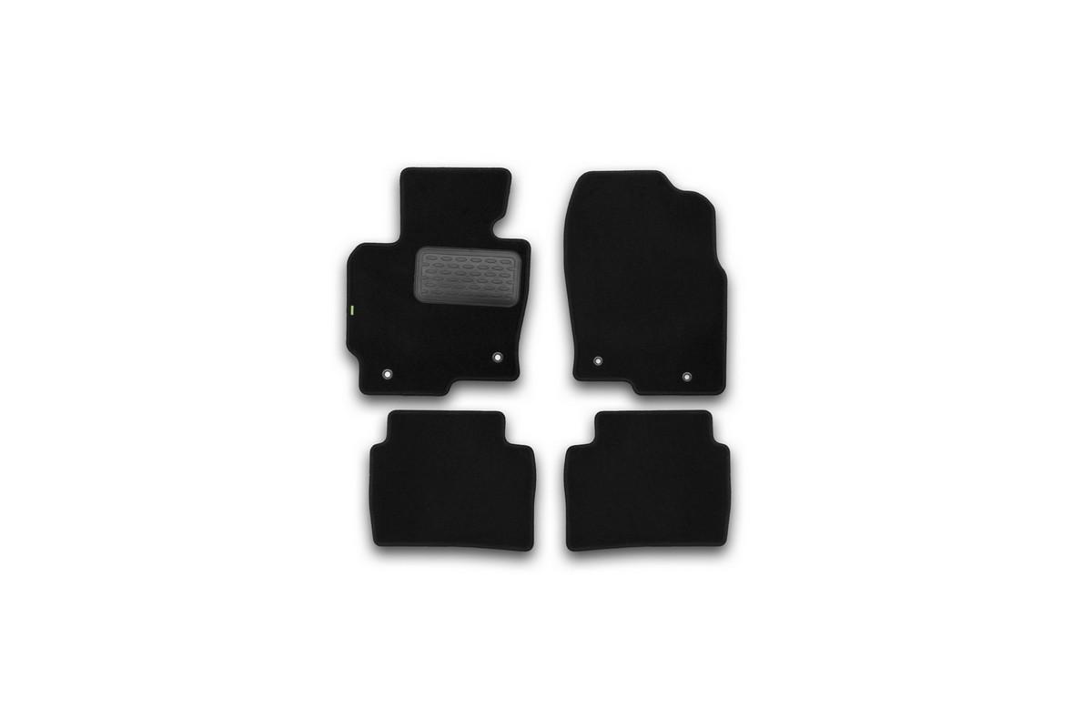 Набор автомобильных ковриков Klever для Mazda CX5 АКПП 2011-, внедорожник, в салон, 4 шт. KVR02332201210khCA-3505Набор автомобильных ковриков Klever, изготовленный из текстиля, состоит из 4 ковриков, которые учитывают все особенности каждой модели автомобиля и полностью повторяют контуры пола. Текстильные автомобильные коврики для салона произведены из высококачественного материала, который держит форму, прочный и не пачкает обувь. Коврики в салон не только улучшат внешний вид салона вашего автомобиля, но и надежно уберегут его от пыли, грязи и сырости, а значит, защитят кузов от коррозии. Текстильные коврики для автомобиля мягкие и приятные, а их основа из вспененного полиуретана не пропускает влагу. Ковры для автомобилей надежно крепятся на полу и не скользят, что очень важно во время движения. Чистятся коврики очень просто: как при помощи автомобильного пылесоса, так и различными моющими средствами. Набор подходит для Mazda CX5 АКПП внедорожник с 2011 года выпуска.
