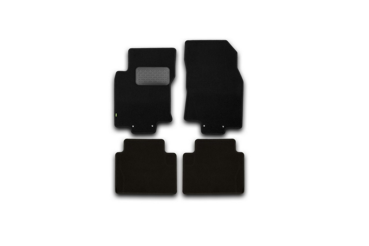 Набор автомобильных ковриков Klever для Nissan X-Trail 2014-, внедорожник, в салон, 4 шт. KVR02365401210kh240000Набор автомобильных ковриков Klever, изготовленный из текстиля, состоит из 4 ковриков, которые учитывают все особенности каждой модели автомобиля и полностью повторяют контуры пола. Текстильные автомобильные коврики для салона произведены из высококачественного материала, который держит форму, прочный и не пачкает обувь. Коврики в салон не только улучшат внешний вид салона вашего автомобиля, но и надежно уберегут его от пыли, грязи и сырости, а значит, защитят кузов от коррозии. Текстильные коврики для автомобиля мягкие и приятные, а их основа из вспененного полиуретана не пропускает влагу. Ковры для автомобилей надежно крепятся на полу и не скользят, что очень важно во время движения. Чистятся коврики очень просто: как при помощи автомобильного пылесоса, так и различными моющими средствами. Набор подходит для Nissan X-Trail внедорожник с 2014 года выпуска.