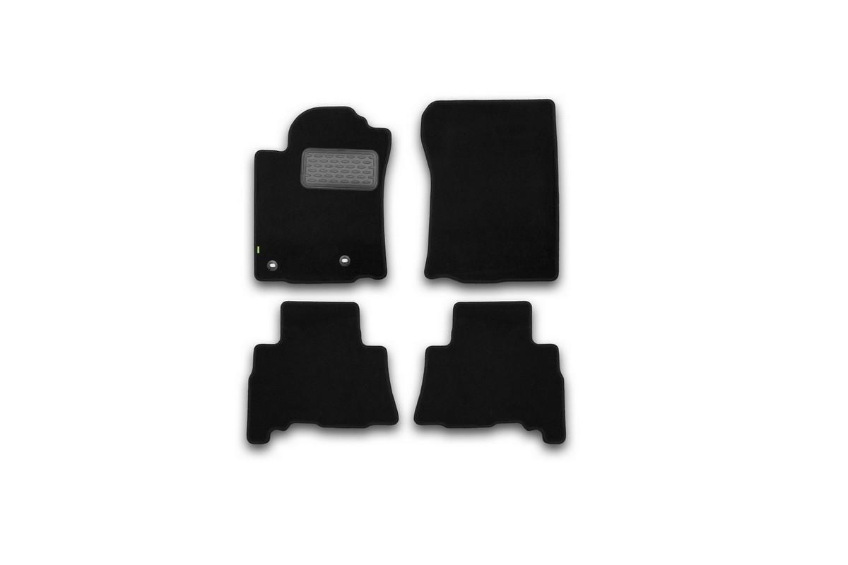 Набор автомобильных ковриков Klever для Toyota Land Cruiser 150 2013-2015, 2015-, 5 мест, внедорожник, в салон, 4 шт. KVR02482901210khDH2400D/ORНабор автомобильных ковриков Klever, изготовленный из текстиля, состоит из 4 ковриков, которые учитывают все особенности каждой модели автомобиля и полностью повторяют контуры пола. Текстильные автомобильные коврики для салона произведены из высококачественного материала, который держит форму, прочный и не пачкает обувь. Коврики в салон не только улучшат внешний вид салона вашего автомобиля, но и надежно уберегут его от пыли, грязи и сырости, а значит, защитят кузов от коррозии. Текстильные коврики для автомобиля мягкие и приятные, а их основа из вспененного полиуретана не пропускает влагу. Ковры для автомобилей надежно крепятся на полу и не скользят, что очень важно во время движения. Чистятся коврики очень просто: как при помощи автомобильного пылесоса, так и различными моющими средствами. Набор подходит для Toyota Land Cruiser 150, 5 мест, внедорожник 2013-2015, 2015 и позднее годов выпуска.