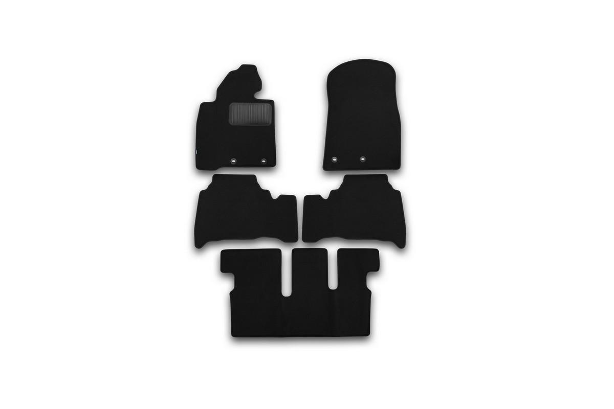Набор автомобильных ковриков Klever для Toyota Land Cruiser 200 7 мест АКПП 2012-, внедорожник, в салон, 5 шт. KVR03489422110kh98293777Набор автомобильных ковриков Klever, изготовленный из текстиля, состоит из 5 ковриков, которые учитывают все особенности каждой модели автомобиля и полностью повторяют контуры пола. Текстильные автомобильные коврики для салона произведены из высококачественного материала, который держит форму, прочный и не пачкает обувь. Коврики в салон не только улучшат внешний вид салона вашего автомобиля, но и надежно уберегут его от пыли, грязи и сырости, а значит, защитят кузов от коррозии. Текстильные коврики для автомобиля мягкие и приятные, а их основа из вспененного полиуретана не пропускает влагу. Ковры для автомобилей надежно крепятся на полу и не скользят, что очень важно во время движения. Чистятся коврики очень просто: как при помощи автомобильного пылесоса, так и различными моющими средствами. Набор подходит для Toyota Land Cruiser 200 7 мест АКПП внедорожник с 2012 года выпуска.
