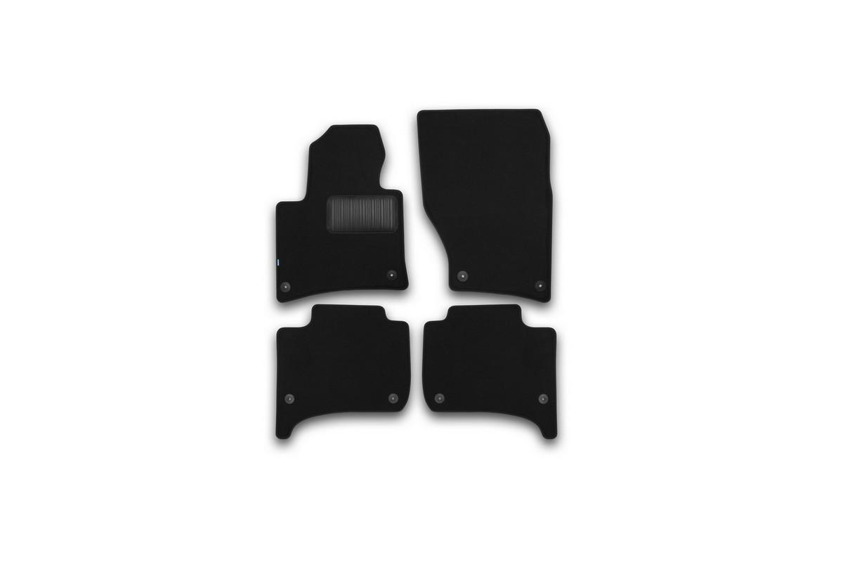 Набор автомобильных ковриков Klever для Volkswagen Touareg 2010-, внедорожник, в салон, 4 шт98293777Набор автомобильных ковриков Klever, изготовленный из текстиля, состоит из 4 ковриков, которые учитывают все особенности каждой модели автомобиля и полностью повторяют контуры пола. Текстильные автомобильные коврики для салона произведены из высококачественного материала, который держит форму, прочный и не пачкает обувь. Коврики в салон не только улучшат внешний вид салона вашего автомобиля, но и надежно уберегут его от пыли, грязи и сырости, а значит, защитят кузов от коррозии. Текстильные коврики для автомобиля мягкие и приятные, а их основа из вспененного полиуретана не пропускает влагу. Ковры для автомобилей надежно крепятся на полу и не скользят, что очень важно во время движения. Чистятся коврики очень просто: как при помощи автомобильного пылесоса, так и различными моющими средствами. Набор подходит для Volkswagen Touaregвнедорожник с 2010 года выпуска.