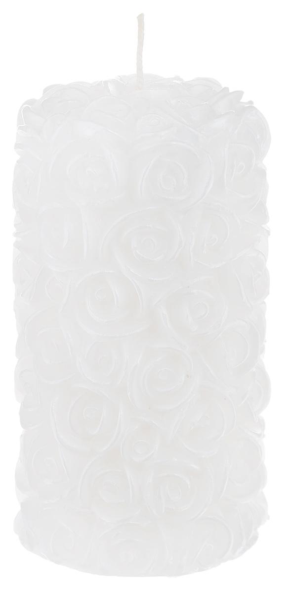 Свеча декоративная Свадебная, цвет: белый, 6 см х 6 см х 11,5 смFS-80299Декоративная свеча Свадебная изготовлена из парафина в форме столбика и украшена красивым рельефным узором. Свеча будет отличным украшением кондитерских изделий, интерьера и подарком на свадьбу или торжество. Декоративная свеча Свадебная принесет в ваш дом волшебство и ощущение праздника. Создайте в своем доме атмосферу веселья и радости, и тогда самый обычный день с легкостью превратится в торжество.Время горения: 10 ч.
