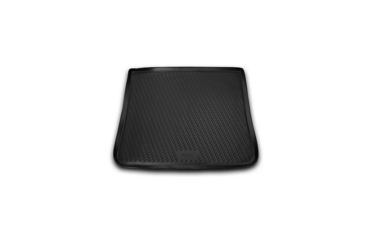 Коврик автомобильный Novline-Autofamily для Ford Galaxy минивэн 2006-, в багажник. b000.721395598Автомобильный коврик Novline-Autofamily, изготовленный из полиуретана, позволит вам без особых усилий содержать в чистоте багажный отсек вашего авто и при этом перевозить в нем абсолютно любые грузы. Этот модельный коврик идеально подойдет по размерам багажнику вашего автомобиля. Такой автомобильный коврик гарантированно защитит багажник от грязи, мусора и пыли, которые постоянно скапливаются в этом отсеке. А кроме того, поддон не пропускает влагу. Все это надолго убережет важную часть кузова от износа. Коврик в багажнике сильно упростит для вас уборку. Согласитесь, гораздо проще достать и почистить один коврик, нежели весь багажный отсек. Тем более, что поддон достаточно просто вынимается и вставляется обратно. Мыть коврик для багажника из полиуретана можно любыми чистящими средствами или просто водой. При этом много времени у вас уборка не отнимет, ведь полиуретан устойчив к загрязнениям.Если вам приходится перевозить в багажнике тяжелые грузы, за сохранность коврика можете не беспокоиться. Он сделан из прочного материала, который не деформируется при механических нагрузках и устойчив даже к экстремальным температурам. А кроме того, коврик для багажника надежно фиксируется и не сдвигается во время поездки, что является дополнительной гарантией сохранности вашего багажа.Коврик имеет форму и размеры, соответствующие модели данного автомобиля.