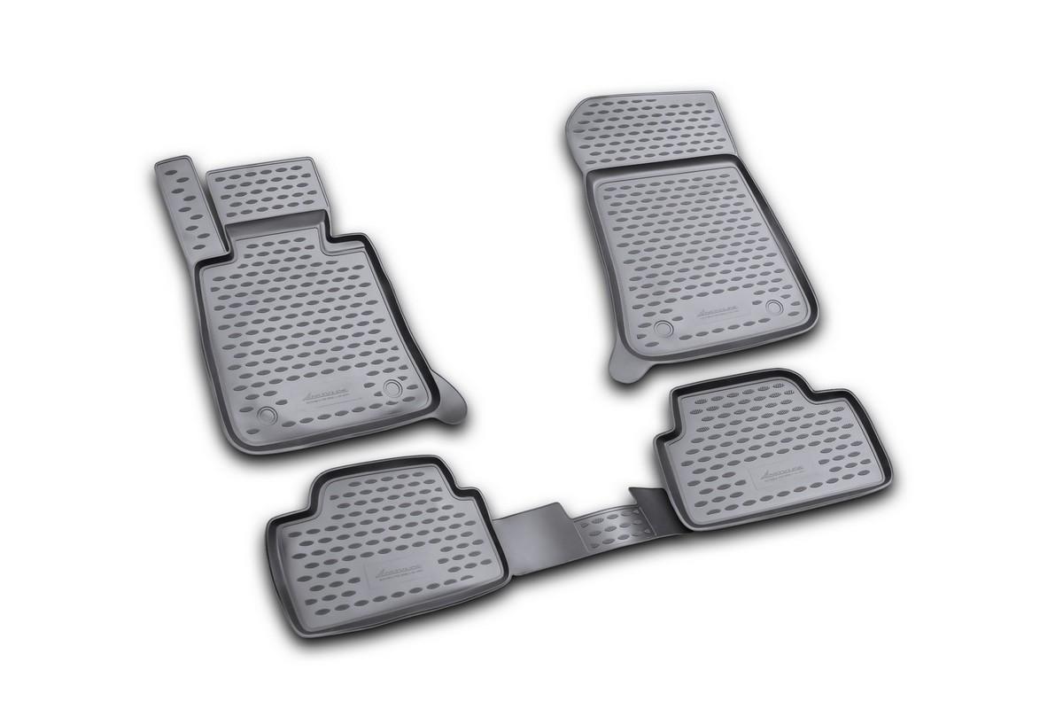Набор автомобильных ковриков Novline-Autofamily для BMW 1-5D 2004-2011, в салон, цвет: черный, 4 шт300240Набор автомобильных ковриков Novline-Autofamily, изготовленный из полиуретана, состоит из 4 ковриков, которые учитывают все особенности каждой модели автомобиля и полностью повторяют контуры пола. Полиуретановые автомобильные коврики для салона произведены из высококачественного материала, который держит форму, прочный и не пачкает обувь. Коврики в салон не только улучшат внешний вид салона вашего автомобиля, но и надежно уберегут его от пыли, грязи и сырости, а значит, защитят кузов от коррозии. Полиуретановые коврики для автомобиля гладкие, приятные и не пропускают влагу. Ковры для автомобилей надежно крепятся на полу и не скользят, что очень важно во время движения. Чистятся коврики очень просто: как при помощи автомобильного пылесоса, так и различными моющими средствами. Набор подходит для BMW 1-5D 2004-2011 годов выпуска.