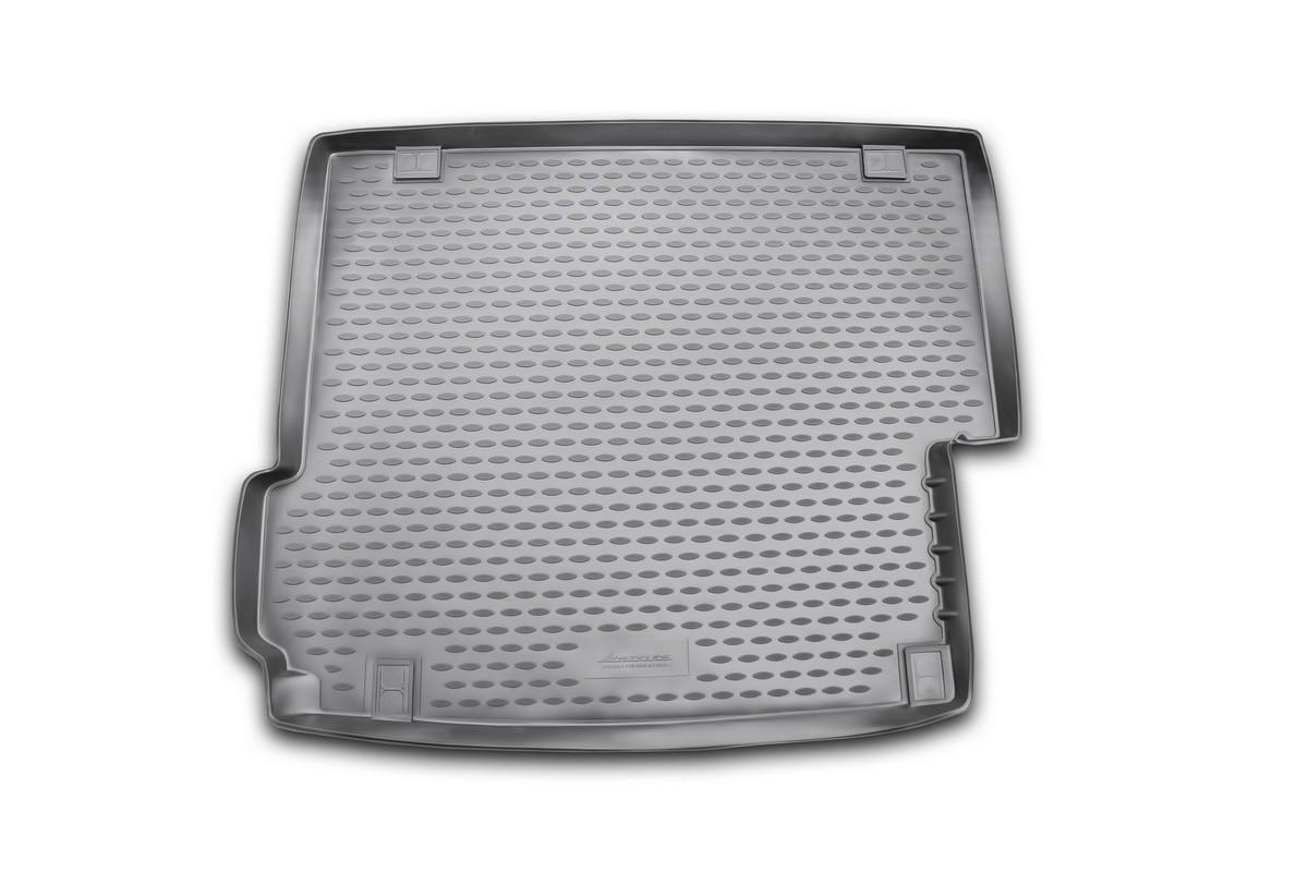 Коврик в багажник автомобиля Novline-Autofamily для BMW X3, 2010 -21395599Автомобильный коврик в багажник позволит вам без особых усилий содержать в чистоте багажный отсек вашего авто и при этом перевозить в нем абсолютно любые грузы. Такой автомобильный коврик гарантированно защитит багажник вашего автомобиля от грязи, мусора и пыли, которые постоянно скапливаются в этом отсеке. А кроме того, поддон не пропускает влагу. Все это надолго убережет важную часть кузова от износа. Мыть коврик для багажника из полиуретана можно любыми чистящими средствами или просто водой. При этом много времени уборка не отнимет, ведь полиуретан устойчив к загрязнениям.Если вам приходится перевозить в багажнике тяжелые грузы, за сохранность автоковрика можете не беспокоиться. Он сделан из прочного материала, который не деформируется при механических нагрузках и устойчив даже к экстремальным температурам. А кроме того, коврик для багажника надежно фиксируется и не сдвигается во время поездки - это дополнительная гарантия сохранности вашего багажа.