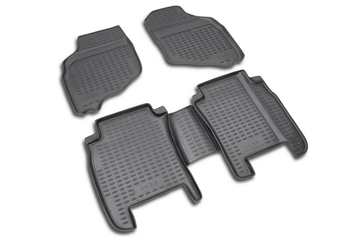 Набор автомобильных ковриков Novline-Autofamily для Honda Jazz 2001-2008, в салон, цвет: черный, оранжевый, 4 шт21395599Набор автомобильных ковриков Novline-Autofamily, изготовленный из полиуретана, состоит из 4 ковриков, которые учитывают все особенности каждой модели автомобиля и полностью повторяют контуры пола. Полиуретановые автомобильные коврики для салона произведены из высококачественного материала, который держит форму, прочный и не пачкает обувь. Коврики в салон не только улучшат внешний вид салона вашего автомобиля, но и надежно уберегут его от пыли, грязи и сырости, а значит, защитят кузов от коррозии. Полиуретановые коврики для автомобиля гладкие, приятные и не пропускают влагу. Ковры для автомобилей надежно крепятся на полу и не скользят, что очень важно во время движения. Чистятся коврики очень просто: как при помощи автомобильного пылесоса, так и различными моющими средствами. Набор подходит для Honda Jazz 2001-2008 годов выпуска.