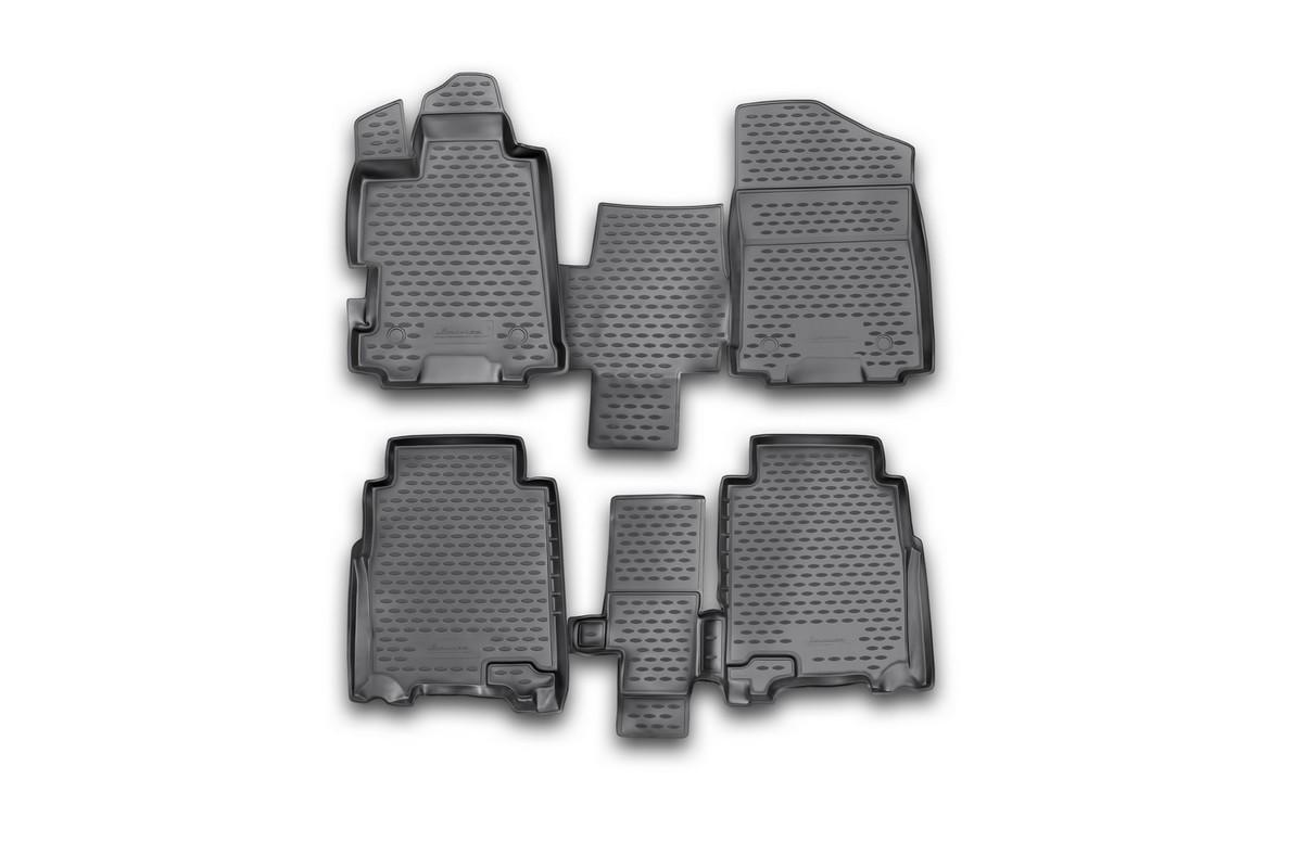 Набор автомобильных ковриков Novline-Autofamily для Honda FR-V 2004-2010, в салон, 4 штВетерок 2ГФНабор автомобильных ковриков Novline-Autofamily, изготовленный из полиуретана, состоит из 4 ковриков, которые учитывают все особенности каждой модели автомобиля и полностью повторяют контуры пола. Полиуретановые автомобильные коврики для салона произведены из высококачественного материала, который держит форму, прочный и не пачкает обувь. Коврики в салон не только улучшат внешний вид салона вашего автомобиля, но и надежно уберегут его от пыли, грязи и сырости, а значит, защитят кузов от коррозии. Полиуретановые коврики для автомобиля гладкие, приятные и не пропускают влагу. Ковры для автомобилей надежно крепятся на полу и не скользят, что очень важно во время движения. Чистятся коврики очень просто: как при помощи автомобильного пылесоса, так и различными моющими средствами. Набор подходит для Honda FR-V 2004-2010 годов выпуска.