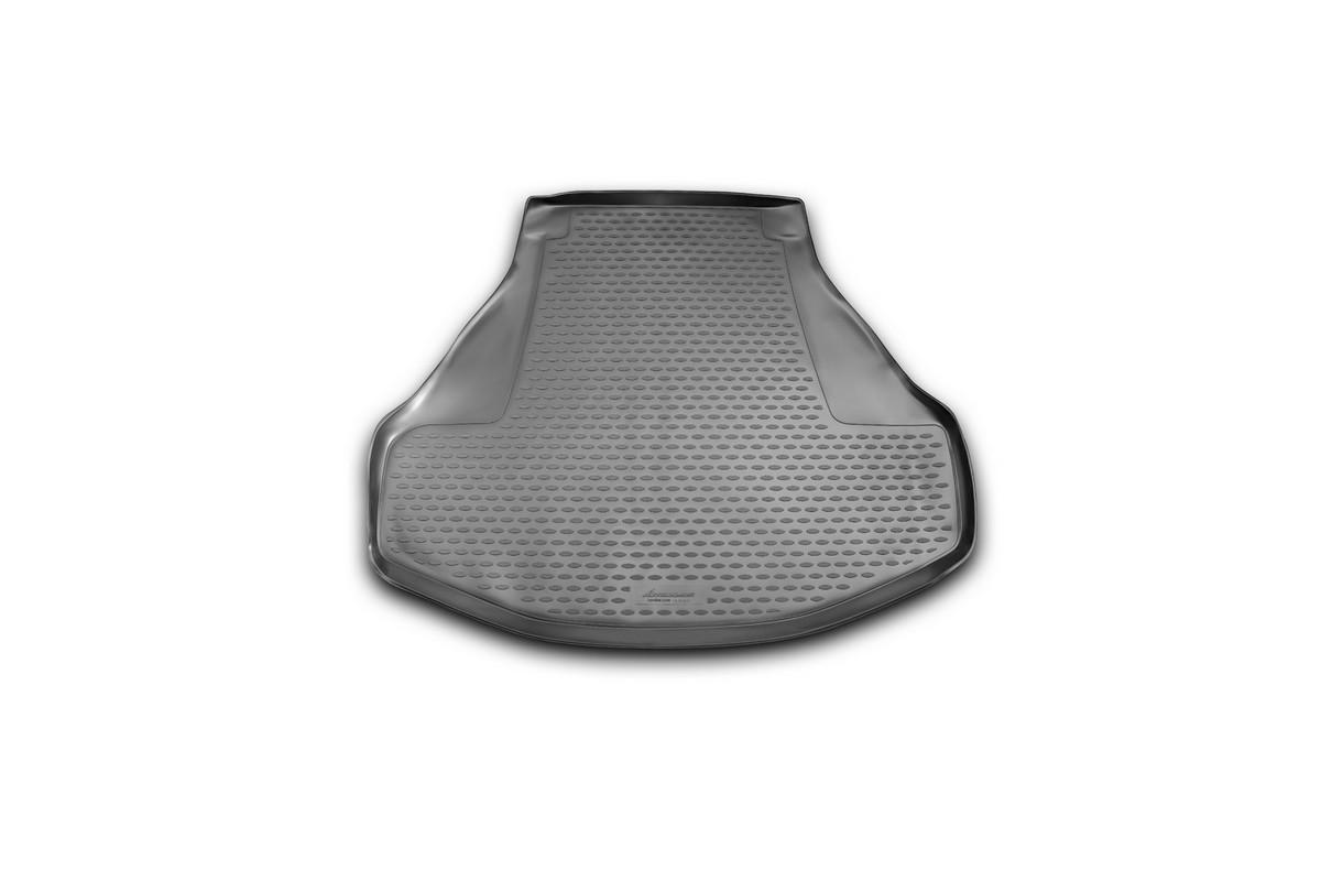 Коврик автомобильный Novline-Autofamily для Honda Accord седан 2013-, в багажник0113010301Автомобильный коврик Novline-Autofamily, изготовленный из полиуретана, позволит вам без особых усилий содержать в чистоте багажный отсек вашего авто и при этом перевозить в нем абсолютно любые грузы. Этот модельный коврик идеально подойдет по размерам багажнику вашего автомобиля. Такой автомобильный коврик гарантированно защитит багажник от грязи, мусора и пыли, которые постоянно скапливаются в этом отсеке. А кроме того, поддон не пропускает влагу. Все это надолго убережет важную часть кузова от износа. Коврик в багажнике сильно упростит для вас уборку. Согласитесь, гораздо проще достать и почистить один коврик, нежели весь багажный отсек. Тем более, что поддон достаточно просто вынимается и вставляется обратно. Мыть коврик для багажника из полиуретана можно любыми чистящими средствами или просто водой. При этом много времени у вас уборка не отнимет, ведь полиуретан устойчив к загрязнениям.Если вам приходится перевозить в багажнике тяжелые грузы, за сохранность коврика можете не беспокоиться. Он сделан из прочного материала, который не деформируется при механических нагрузках и устойчив даже к экстремальным температурам. А кроме того, коврик для багажника надежно фиксируется и не сдвигается во время поездки, что является дополнительной гарантией сохранности вашего багажа.Коврик имеет форму и размеры, соответствующие модели данного автомобиля.