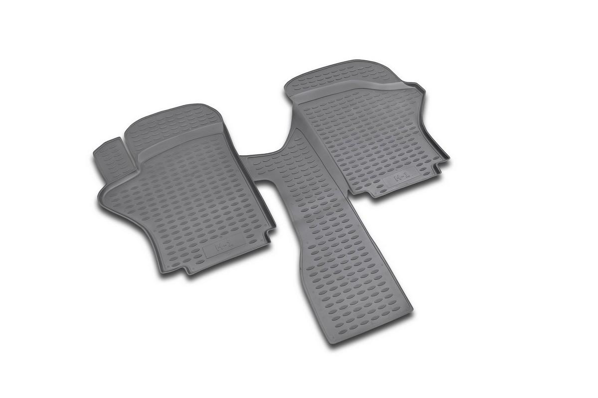 Набор автомобильных ковриков Novline-Autofamily для Hyundai H1 short 1997-2007, в салон, 2 штNLC.25.08.210Набор автомобильных ковриков Novline-Autofamily, изготовленный из полиуретана, состоит из 2 ковриков, которые учитывают все особенности каждой модели автомобиля и полностью повторяют контуры пола. Полиуретановые автомобильные коврики для салона произведены из высококачественного материала, который держит форму, прочный и не пачкает обувь. Коврики в салон не только улучшат внешний вид салона вашего автомобиля, но и надежно уберегут его от пыли, грязи и сырости, а значит, защитят кузов от коррозии. Полиуретановые коврики для автомобиля гладкие, приятные и не пропускают влагу. Ковры для автомобилей надежно крепятся на полу и не скользят, что очень важно во время движения. Чистятся коврики очень просто: как при помощи автомобильного пылесоса, так и различными моющими средствами. Набор подходит для Hyundai H1 short 1997-2007 годов выпуска