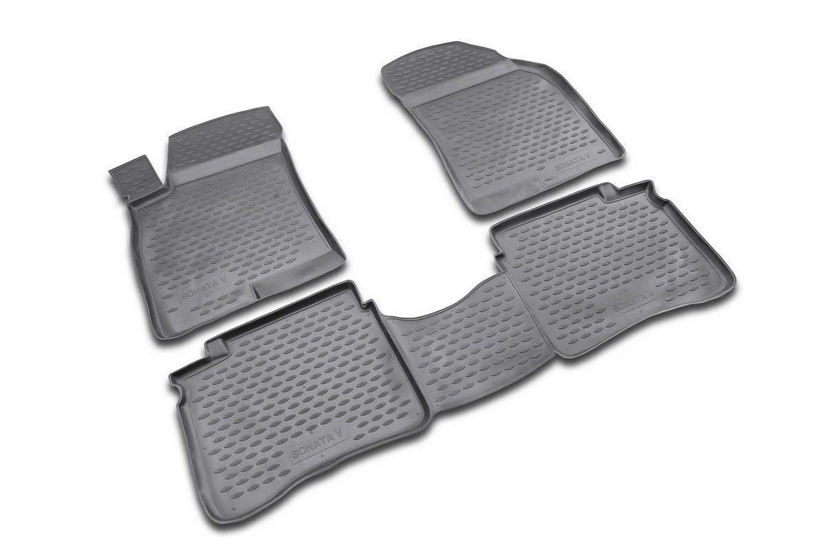 Набор автомобильных ковриков Novline-Autofamily для Hyundai Sonata V 2001-, в салон, 4 штNLC.20.10.210kНабор автомобильных ковриков Novline-Autofamily, изготовленный из полиуретана, состоит из 4 ковриков, которые учитывают все особенности каждой модели автомобиля и полностью повторяют контуры пола. Полиуретановые автомобильные коврики для салона произведены из высококачественного материала, который держит форму, прочный и не пачкает обувь. Коврики в салон не только улучшат внешний вид салона вашего автомобиля, но и надежно уберегут его от пыли, грязи и сырости, а значит, защитят кузов от коррозии. Полиуретановые коврики для автомобиля гладкие, приятные и не пропускают влагу. Ковры для автомобилей надежно крепятся на полу и не скользят, что очень важно во время движения. Чистятся коврики очень просто: как при помощи автомобильного пылесоса, так и различными моющими средствами. Набор подходит для Hyundai Sonata V с 2001 года выпуска.