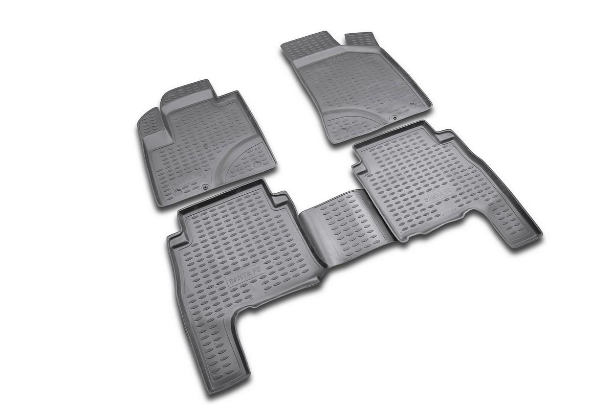 Набор автомобильных ковриков Novline-Autofamily для Hyundai Santa Fe Classic 2001-2006, в салон, цвет: черный, оранжевый, 4 штDW90Набор автомобильных ковриков Novline-Autofamily, изготовленный из полиуретана, состоит из 4 ковриков, которые учитывают все особенности каждой модели автомобиля и полностью повторяют контуры пола. Полиуретановые автомобильные коврики для салона произведены из высококачественного материала, который держит форму, прочный и не пачкает обувь. Коврики в салон не только улучшат внешний вид салона вашего автомобиля, но и надежно уберегут его от пыли, грязи и сырости, а значит, защитят кузов от коррозии. Полиуретановые коврики для автомобиля гладкие, приятные и не пропускают влагу. Ковры для автомобилей надежно крепятся на полу и не скользят, что очень важно во время движения. Чистятся коврики очень просто: как при помощи автомобильного пылесоса, так и различными моющими средствами. Набор подходит для Hyundai Santa Fe Classic 2001-2006 годов выпуска.
