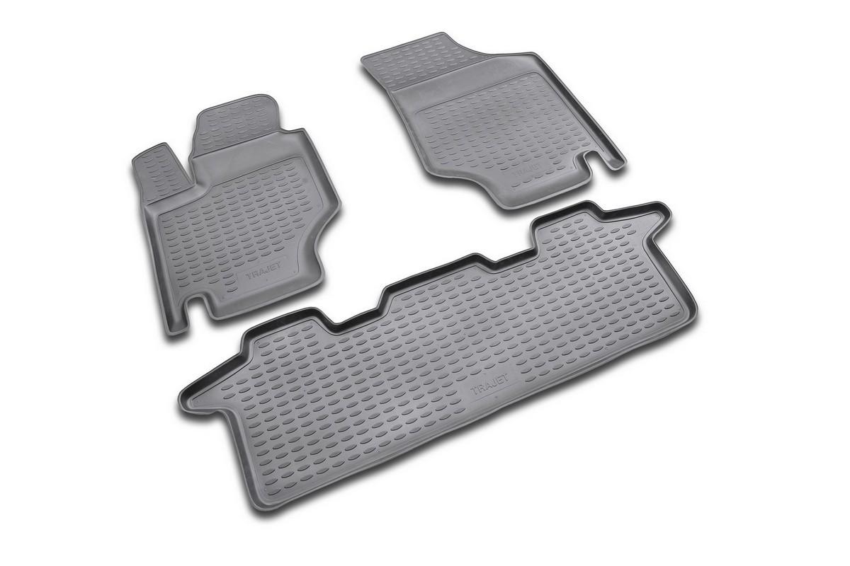 Набор автомобильных ковриков Novline-Autofamily для Hyundai Trajet АКПП 1999-2008, в салон, 5 штFS-80264Набор автомобильных ковриков Novline-Autofamily, изготовленный из полиуретана, состоит из 5 ковриков, которые учитывают все особенности каждой модели автомобиля и полностью повторяют контуры пола. Полиуретановые автомобильные коврики для салона произведены из высококачественного материала, который держит форму, прочный и не пачкает обувь. Коврики в салон не только улучшат внешний вид салона вашего автомобиля, но и надежно уберегут его от пыли, грязи и сырости, а значит, защитят кузов от коррозии. Полиуретановые коврики для автомобиля гладкие, приятные и не пропускают влагу. Ковры для автомобилей надежно крепятся на полу и не скользят, что очень важно во время движения. Чистятся коврики очень просто: как при помощи автомобильного пылесоса, так и различными моющими средствами. Набор подходит для Hyundai Trajet АКПП 1999-2008 годов выпуска.
