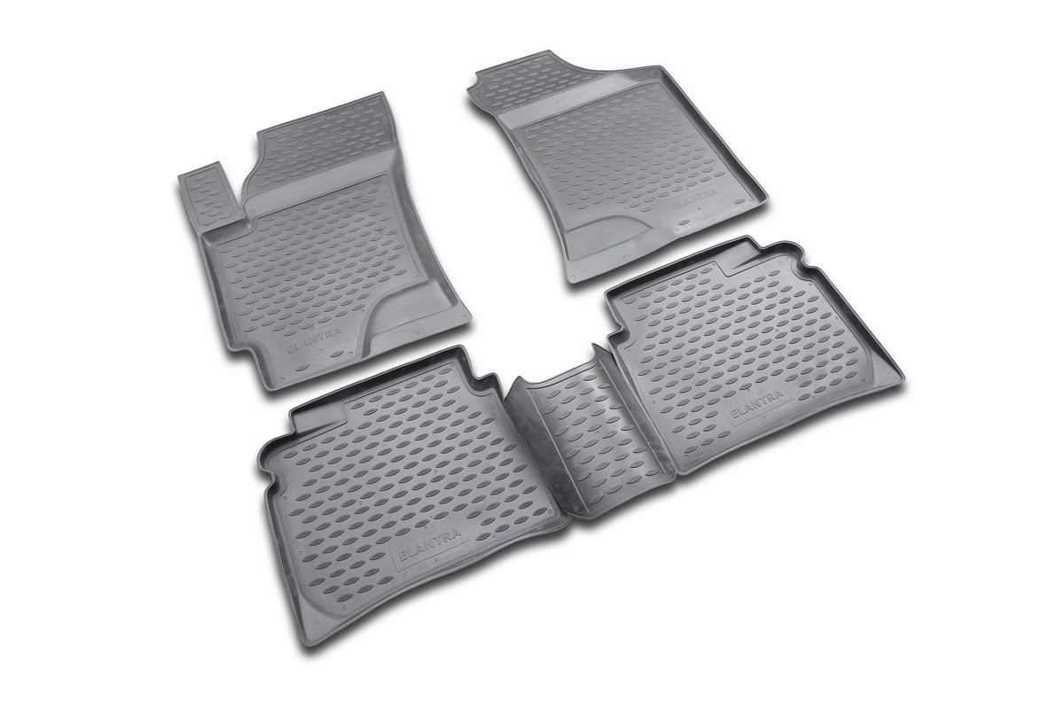 Набор автомобильных ковриков Novline-Autofamily для Hyundai Elantra 2007-, в салон, цвет: серый, 4 штNLC.20.21.211Набор автомобильных ковриков Novline-Autofamily, изготовленный из полиуретана, состоит из 4 ковриков, которые учитывают все особенности каждой модели автомобиля и полностью повторяют контуры пола. Полиуретановые автомобильные коврики для салона произведены из высококачественного материала, который держит форму, прочный и не пачкает обувь. Коврики в салон не только улучшат внешний вид салона вашего автомобиля, но и надежно уберегут его от пыли, грязи и сырости, а значит, защитят кузов от коррозии. Полиуретановые коврики для автомобиля гладкие, приятные и не пропускают влагу. Ковры для автомобилей надежно крепятся на полу и не скользят, что очень важно во время движения. Чистятся коврики очень просто: как при помощи автомобильного пылесоса, так и различными моющими средствами. Набор подходит для Hyundai Elantra c 2007 года выпуска.