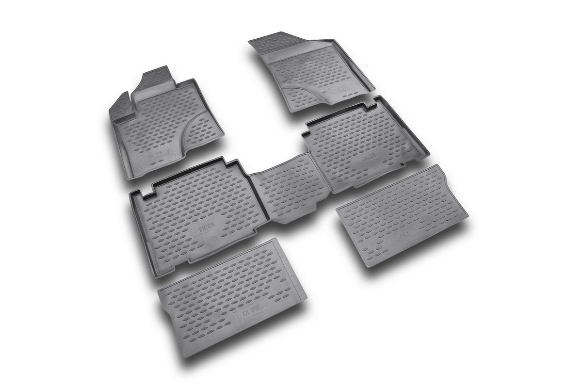 Набор автомобильных ковриков Novline-Autofamily для Hyundai ix 55 2007-, в салон, цвет: черный, 6 штNLT.10.13.11.110khНабор автомобильных ковриков Novline-Autofamily, изготовленный из полиуретана, состоит из 6 ковриков, которые учитывают все особенности каждой модели автомобиля и полностью повторяют контуры пола. Полиуретановые автомобильные коврики для салона произведены из высококачественного материала, который держит форму, прочный и не пачкает обувь. Коврики в салон не только улучшат внешний вид салона вашего автомобиля, но и надежно уберегут его от пыли, грязи и сырости, а значит, защитят кузов от коррозии. Полиуретановые коврики для автомобиля гладкие, приятные и не пропускают влагу. Ковры для автомобилей надежно крепятся на полу и не скользят, что очень важно во время движения. Чистятся коврики очень просто: как при помощи автомобильного пылесоса, так и различными моющими средствами. Набор подходит для Hyundai ix 55 с 2007 года выпуска.