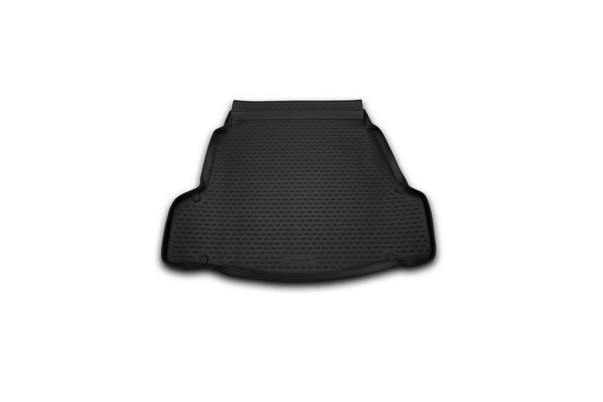 Коврик автомобильный Novline-Autofamily для Hyundai i40 седан 2012-, в багажник. NLC.20.50.B10SC-FD421005Автомобильный коврик Novline-Autofamily, изготовленный из полиуретана, позволит вам без особых усилий содержать в чистоте багажный отсек вашего авто и при этом перевозить в нем абсолютно любые грузы. Этот модельный коврик идеально подойдет по размерам багажнику вашего автомобиля. Такой автомобильный коврик гарантированно защитит багажник от грязи, мусора и пыли, которые постоянно скапливаются в этом отсеке. А кроме того, поддон не пропускает влагу. Все это надолго убережет важную часть кузова от износа. Коврик в багажнике сильно упростит для вас уборку. Согласитесь, гораздо проще достать и почистить один коврик, нежели весь багажный отсек. Тем более, что поддон достаточно просто вынимается и вставляется обратно. Мыть коврик для багажника из полиуретана можно любыми чистящими средствами или просто водой. При этом много времени у вас уборка не отнимет, ведь полиуретан устойчив к загрязнениям.Если вам приходится перевозить в багажнике тяжелые грузы, за сохранность коврика можете не беспокоиться. Он сделан из прочного материала, который не деформируется при механических нагрузках и устойчив даже к экстремальным температурам. А кроме того, коврик для багажника надежно фиксируется и не сдвигается во время поездки, что является дополнительной гарантией сохранности вашего багажа.Коврик имеет форму и размеры, соответствующие модели данного автомобиля.