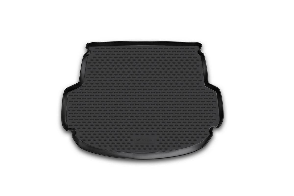 Коврик автомобильный Novline-Autofamily для Hyundai Santa Fe кроссовер 5 мест 2012-, в багажникDH2400D/ORАвтомобильный коврик Novline-Autofamily, изготовленный из полиуретана, позволит вам без особых усилий содержать в чистоте багажный отсек вашего авто и при этом перевозить в нем абсолютно любые грузы. Этот модельный коврик идеально подойдет по размерам багажнику вашего автомобиля. Такой автомобильный коврик гарантированно защитит багажник от грязи, мусора и пыли, которые постоянно скапливаются в этом отсеке. А кроме того, поддон не пропускает влагу. Все это надолго убережет важную часть кузова от износа. Коврик в багажнике сильно упростит для вас уборку. Согласитесь, гораздо проще достать и почистить один коврик, нежели весь багажный отсек. Тем более, что поддон достаточно просто вынимается и вставляется обратно. Мыть коврик для багажника из полиуретана можно любыми чистящими средствами или просто водой. При этом много времени у вас уборка не отнимет, ведь полиуретан устойчив к загрязнениям.Если вам приходится перевозить в багажнике тяжелые грузы, за сохранность коврика можете не беспокоиться. Он сделан из прочного материала, который не деформируется при механических нагрузках и устойчив даже к экстремальным температурам. А кроме того, коврик для багажника надежно фиксируется и не сдвигается во время поездки, что является дополнительной гарантией сохранности вашего багажа.Коврик имеет форму и размеры, соответствующие модели данного автомобиля.