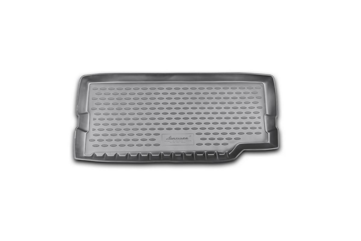 Коврик автомобильный Novline-Autofamily для Land Rover Defender 90, 110 3D, 5D внедорожник 2007-, в багажник0106070101Автомобильный коврик Novline-Autofamily, изготовленный из полиуретана, позволит вам без особых усилий содержать в чистоте багажный отсек вашего авто и при этом перевозить в нем абсолютно любые грузы. Этот модельный коврик идеально подойдет по размерам багажнику вашего автомобиля. Такой автомобильный коврик гарантированно защитит багажник от грязи, мусора и пыли, которые постоянно скапливаются в этом отсеке. А кроме того, поддон не пропускает влагу. Все это надолго убережет важную часть кузова от износа. Коврик в багажнике сильно упростит для вас уборку. Согласитесь, гораздо проще достать и почистить один коврик, нежели весь багажный отсек. Тем более, что поддон достаточно просто вынимается и вставляется обратно. Мыть коврик для багажника из полиуретана можно любыми чистящими средствами или просто водой. При этом много времени у вас уборка не отнимет, ведь полиуретан устойчив к загрязнениям.Если вам приходится перевозить в багажнике тяжелые грузы, за сохранность коврика можете не беспокоиться. Он сделан из прочного материала, который не деформируется при механических нагрузках и устойчив даже к экстремальным температурам. А кроме того, коврик для багажника надежно фиксируется и не сдвигается во время поездки, что является дополнительной гарантией сохранности вашего багажа.Коврик имеет форму и размеры, соответствующие модели данного автомобиля.