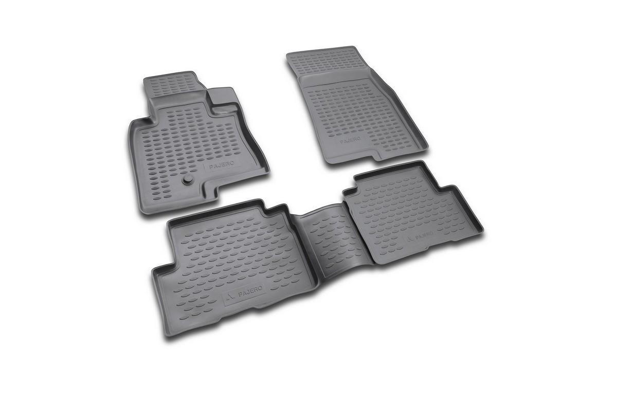 Набор автомобильных ковриков Novline-Autofamily для Mitsubishi Pajero III 5D 1999-2006, в салон, цвет: черный, 4 штFS-80264Набор автомобильных ковриков Novline-Autofamily, изготовленный из полиуретана, состоит из 4 ковриков, которые учитывают все особенности каждой модели автомобиля и полностью повторяют контуры пола. Полиуретановые автомобильные коврики для салона произведены из высококачественного материала, который держит форму, прочный и не пачкает обувь. Коврики в салон не только улучшат внешний вид салона вашего автомобиля, но и надежно уберегут его от пыли, грязи и сырости, а значит, защитят кузов от коррозии. Полиуретановые коврики для автомобиля гладкие, приятные и не пропускают влагу. Ковры для автомобилей надежно крепятся на полу и не скользят, что очень важно во время движения. Чистятся коврики очень просто: как при помощи автомобильного пылесоса, так и различными моющими средствами. Набор подходит для Mitsubishi Pajero III 5D 1999-2006 годов выпуска.