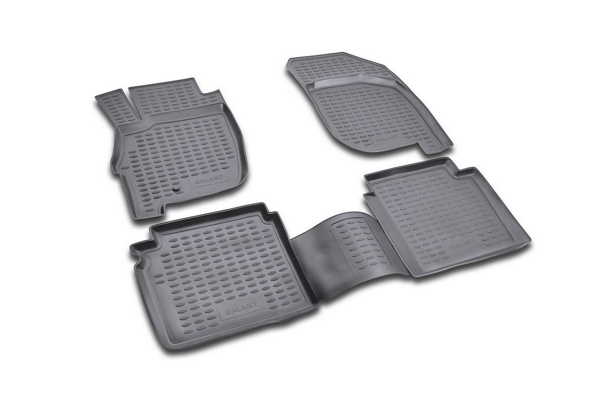 Набор автомобильных ковриков Novline-Autofamily для Mitsubishi Galant 2004-, в салон, 4 штVT-1520(SR)Набор автомобильных ковриков Novline-Autofamily, изготовленный из полиуретана, состоит из 4 ковриков, которые учитывают все особенности каждой модели автомобиля и полностью повторяют контуры пола. Полиуретановые автомобильные коврики для салона произведены из высококачественного материала, который держит форму, прочный и не пачкает обувь. Коврики в салон не только улучшат внешний вид салона вашего автомобиля, но и надежно уберегут его от пыли, грязи и сырости, а значит, защитят кузов от коррозии. Полиуретановые коврики для автомобиля гладкие, приятные и не пропускают влагу. Ковры для автомобилей надежно крепятся на полу и не скользят, что очень важно во время движения. Чистятся коврики очень просто: как при помощи автомобильного пылесоса, так и различными моющими средствами. Набор подходит для Mitsubishi Galant с 2004 года выпуска.