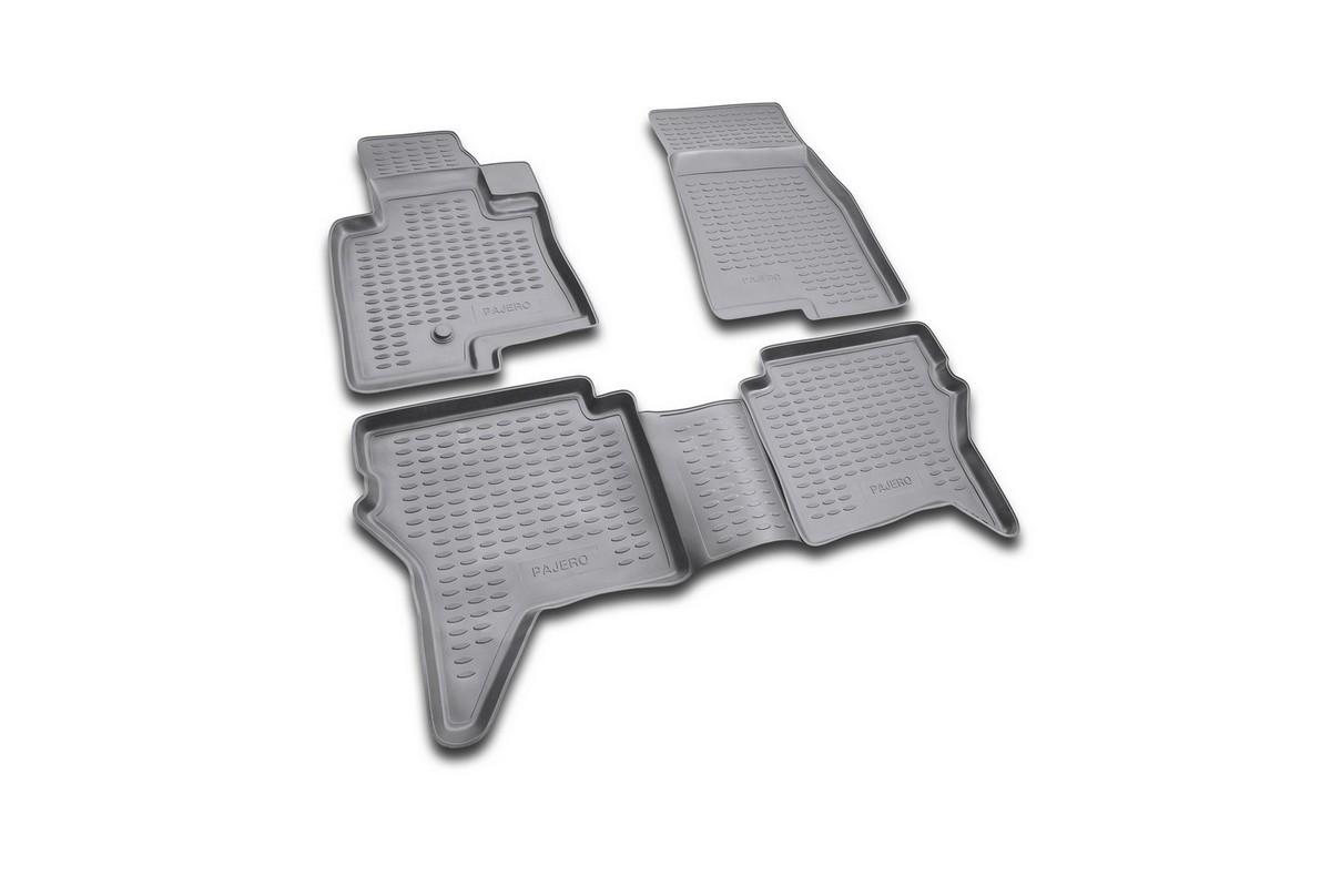 Набор автомобильных ковриков Novline-Autofamily для Mitsubishi Pajero IV 2006-, 3 двери, в салон, цвет: черный, 4 штNLC.48.10.B11Набор автомобильных ковриков Novline-Autofamily, изготовленный из полиуретана, состоит из 4 ковриков, которые учитывают все особенности каждой модели автомобиля и полностью повторяют контуры пола. Полиуретановые автомобильные коврики для салона произведены из высококачественного материала, который держит форму, прочный и не пачкает обувь. Коврики в салон не только улучшат внешний вид салона вашего автомобиля, но и надежно уберегут его от пыли, грязи и сырости, а значит, защитят кузов от коррозии. Полиуретановые коврики для автомобиля гладкие, приятные и не пропускают влагу. Ковры для автомобилей надежно крепятся на полу и не скользят, что очень важно во время движения. Чистятся коврики очень просто: как при помощи автомобильного пылесоса, так и различными моющими средствами. Набор подходит для Mitsubishi Pajero IV 3 двери с 2006 года выпуска.