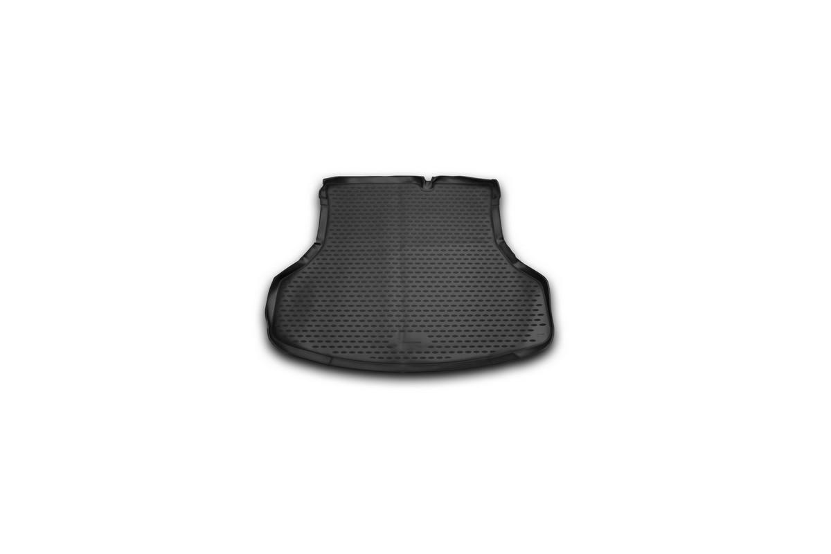 Коврик автомобильный Novline-Autofamily для Nissan Sentra седан 2014-, в багажник300159Автомобильный коврик Novline-Autofamily, изготовленный из полиуретана, позволит вам без особых усилий содержать в чистоте багажный отсек вашего авто и при этом перевозить в нем абсолютно любые грузы. Этот модельный коврик идеально подойдет по размерам багажнику вашего автомобиля. Такой автомобильный коврик гарантированно защитит багажник от грязи, мусора и пыли, которые постоянно скапливаются в этом отсеке. А кроме того, поддон не пропускает влагу. Все это надолго убережет важную часть кузова от износа. Коврик в багажнике сильно упростит для вас уборку. Согласитесь, гораздо проще достать и почистить один коврик, нежели весь багажный отсек. Тем более, что поддон достаточно просто вынимается и вставляется обратно. Мыть коврик для багажника из полиуретана можно любыми чистящими средствами или просто водой. При этом много времени у вас уборка не отнимет, ведь полиуретан устойчив к загрязнениям.Если вам приходится перевозить в багажнике тяжелые грузы, за сохранность коврика можете не беспокоиться. Он сделан из прочного материала, который не деформируется при механических нагрузках и устойчив даже к экстремальным температурам. А кроме того, коврик для багажника надежно фиксируется и не сдвигается во время поездки, что является дополнительной гарантией сохранности вашего багажа.Коврик имеет форму и размеры, соответствующие модели данного автомобиля.