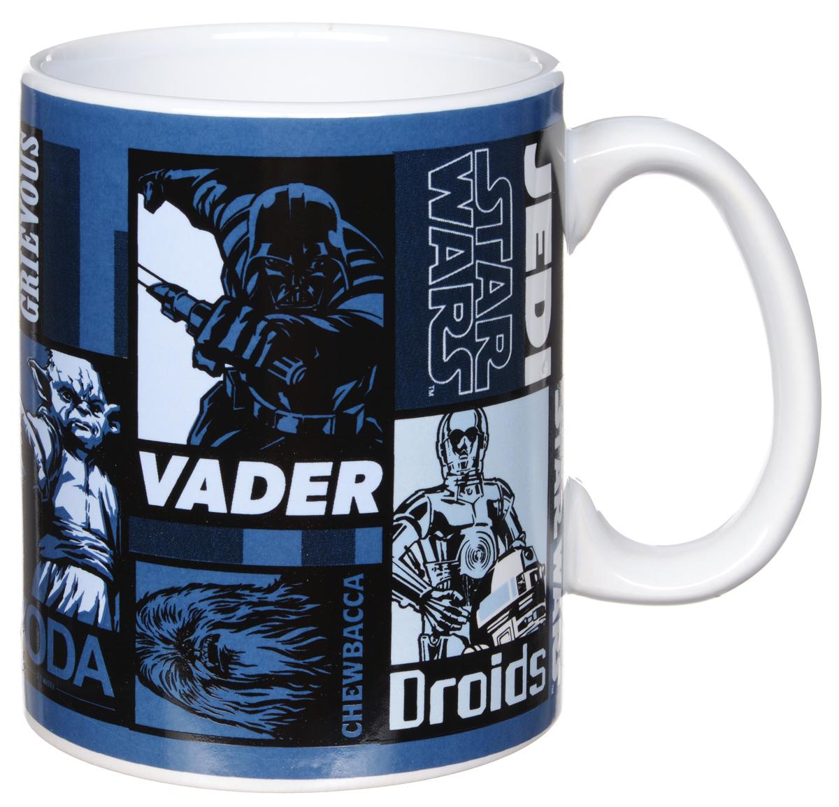 Star Wars Кружка детская 500 мл115510Детская кружка Star Wars станет отличным подарком для любого фаната знаменитой саги. Она выполнена из керамики и оформлена рисунками с изображением различных героев Звездных войн. Большая ручка обеспечит удобство использования.Объем кружки: 500 мл.Подходит для использования в посудомоечной машине и СВЧ-печи.