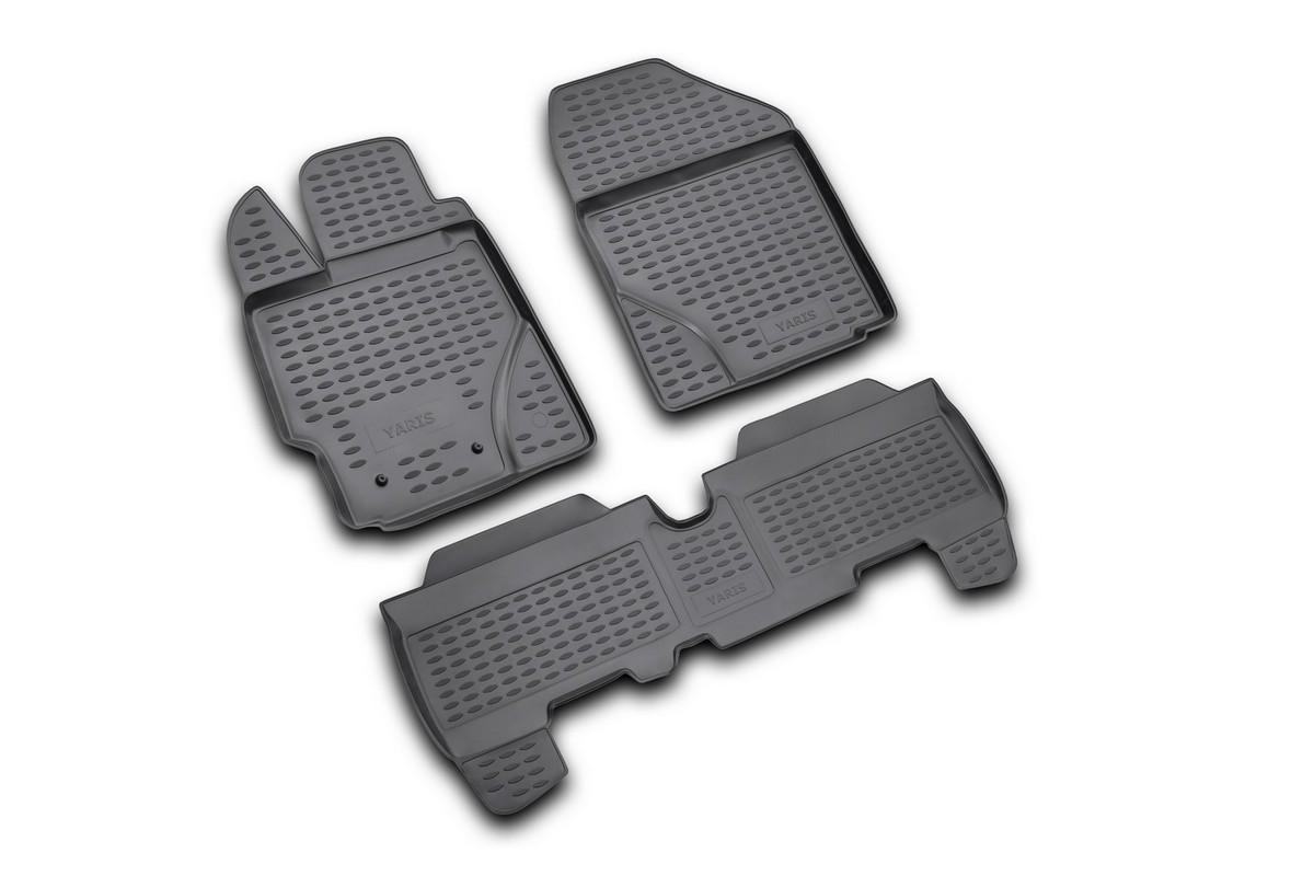 Набор автомобильных ковриков Novline-Autofamily для Toyota Yaris 01/2006-, в салон, 3 шт14702004Набор автомобильных ковриков Novline-Autofamily, изготовленный из полиуретана, состоит из 3 ковриков, которые учитывают все особенности каждой модели автомобиля и полностью повторяют контуры пола. Полиуретановые автомобильные коврики для салона произведены из высококачественного материала, который держит форму, прочный и не пачкает обувь. Коврики в салон не только улучшат внешний вид салона вашего автомобиля, но и надежно уберегут его от пыли, грязи и сырости, а значит, защитят кузов от коррозии. Полиуретановые коврики для автомобиля гладкие, приятные и не пропускают влагу. Ковры для автомобилей надежно крепятся на полу и не скользят, что очень важно во время движения. Чистятся коврики очень просто: как при помощи автомобильного пылесоса, так и различными моющими средствами. Набор подходит для Toyota Yaris с января 2006 года выпуска.