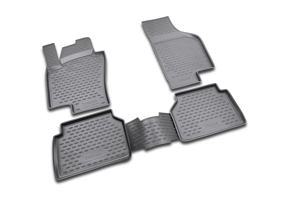 Коврики в салон автомобиля Novline-Autofamily для VW Tiguan, 10/2007 -, 4 шт21395599Коврики Novline-Autofamily улучшат внешний вид салона автомобиля и надежно уберегут его от пыли, грязи и сырости, а значит, защитят кузов от коррозии. Полиуретановые коврики гладкие, приятные и не пропускает влагу. Полиуретановые автомобильные коврики произведены из высококачественного материала, который держит форму и не пачкает обувь. Коврики надежно крепятся на полу и не скользят, что очень важно во время движения, особенно для водителя. Изделия из полиуретана надежно удерживают грязь и влагу, при этом всегда выглядят довольно опрятно. И чистятся они очень просто: как при помощи автомобильного пылесоса, так и различными моющими средствами.