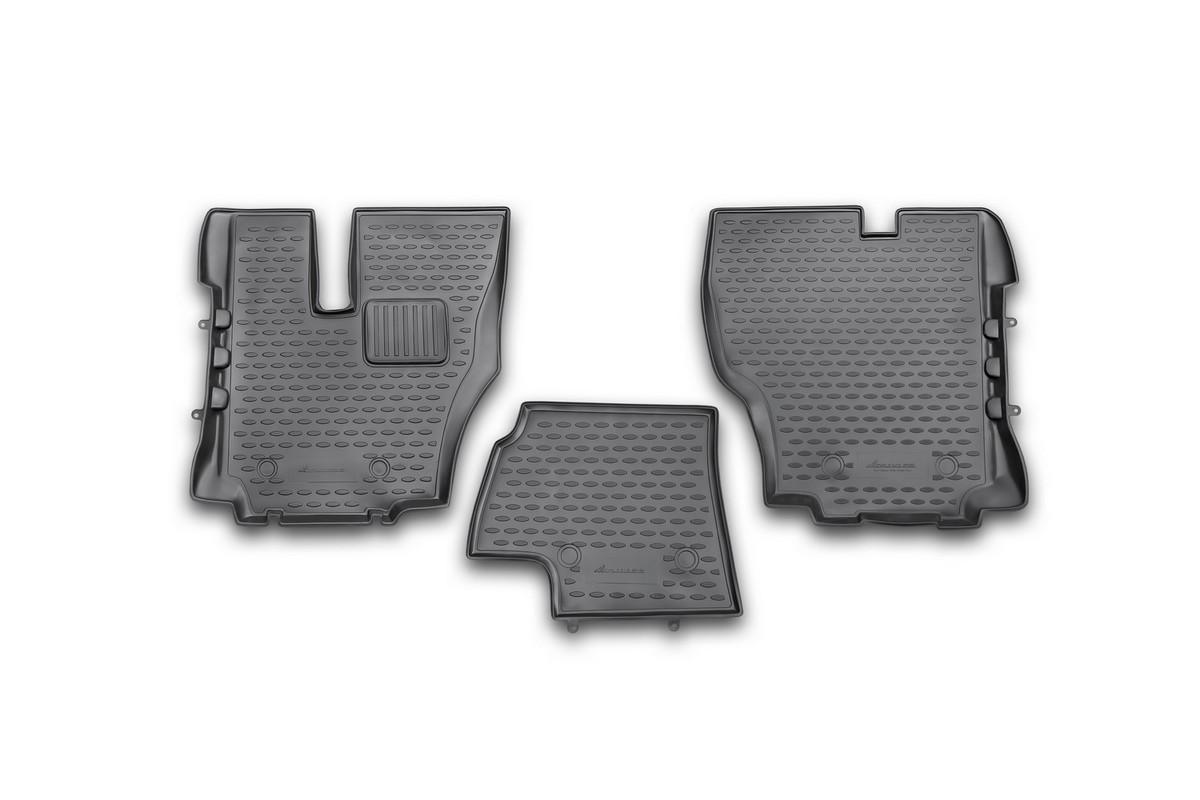 Набор автомобильных ковриков Novline-Autofamily для Hino 500 2010-, в салон, 3 штKVR02203601210khНабор автомобильных ковриков Novline-Autofamily, изготовленный из полиуретана, состоит из 3 ковриков, которые учитывают все особенности каждой модели автомобиля и полностью повторяют контуры пола. Полиуретановые автомобильные коврики для салона произведены из высококачественного материала, который держит форму, прочный и не пачкает обувь. Коврики в салон не только улучшат внешний вид салона вашего автомобиля, но и надежно уберегут его от пыли, грязи и сырости, а значит, защитят кузов от коррозии. Полиуретановые коврики для автомобиля гладкие, приятные и не пропускают влагу. Ковры для автомобилей надежно крепятся на полу и не скользят, что очень важно во время движения. Чистятся коврики очень просто: как при помощи автомобильного пылесоса, так и различными моющими средствами. Набор подходит для Hino 500 с 2010 года выпуска.