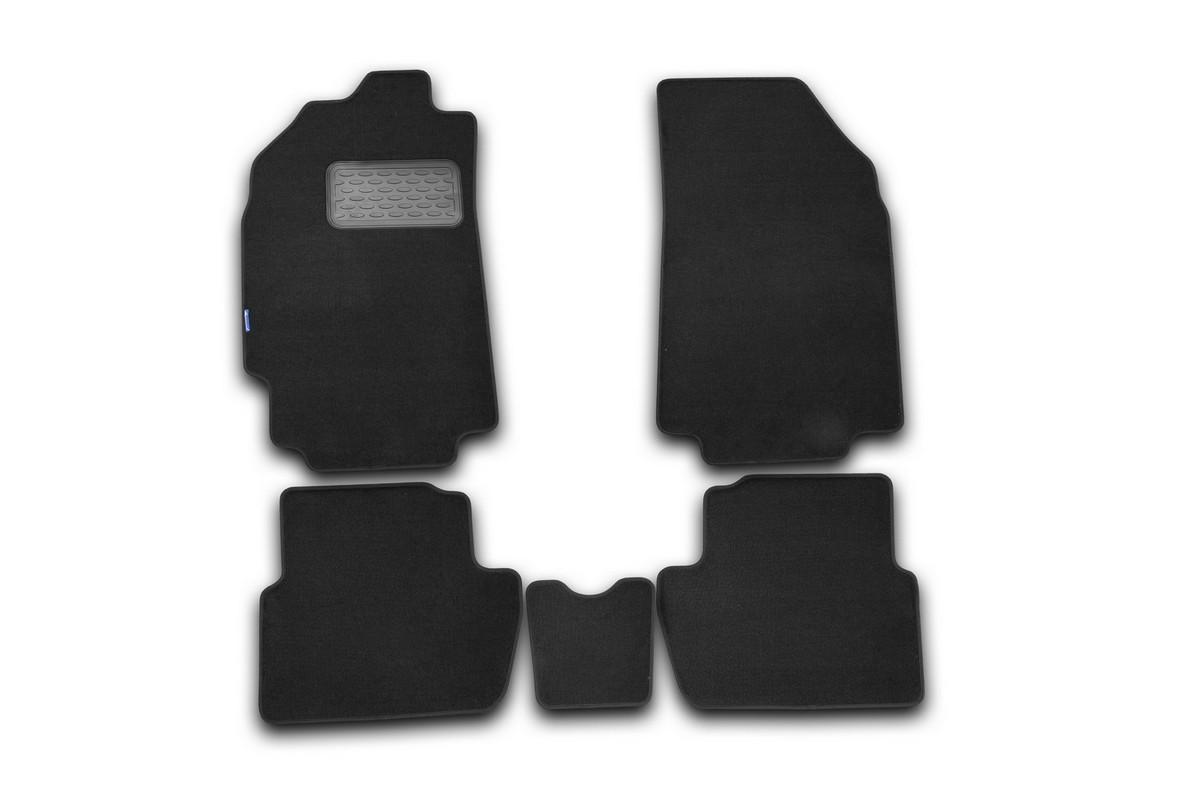 Набор автомобильных ковриков Novline-Autofamily для Chevrolet Spark 2010-, хэтчбек, в салон, 5 шт300159Набор автомобильных ковриков Novline-Autofamily, изготовленный из текстиля, состоит из 5 ковриков, которые учитывают все особенности каждой модели автомобиля и полностью повторяют контуры пола. Текстильные автомобильные коврики для салона произведены из высококачественного материала, который держит форму, прочный и не пачкает обувь. Коврики в салон не только улучшат внешний вид салона вашего автомобиля, но и надежно уберегут его от пыли, грязи и сырости, а значит, защитят кузов от коррозии. Текстильные коврики для автомобиля мягкие и приятные, а их основа из вспененного полиуретана не пропускает влагу. Ковры для автомобилей надежно крепятся на полу и не скользят, что очень важно во время движения. Чистятся коврики очень просто: как при помощи автомобильного пылесоса, так и различными моющими средствами. Набор подходит для Chevrolet Spark хэтчбек c 2010 года выпуска.