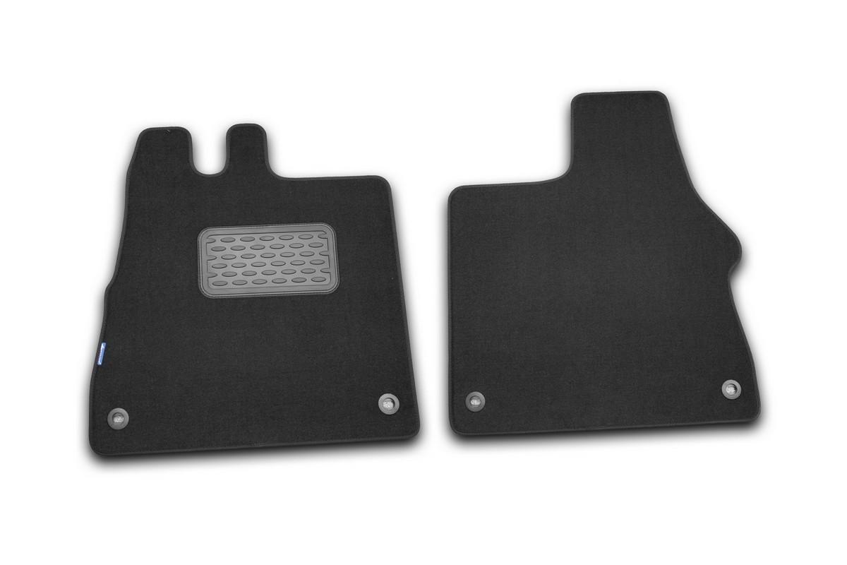 Набор автомобильных ковриков Novline-Autofamily для Fiat Ducato 2006-, фургон, в салон, 2 штF520250E1Набор автомобильных ковриков Novline-Autofamily, изготовленный из текстиля, состоит из 2 ковриков, которые учитывают все особенности каждой модели автомобиля и полностью повторяют контуры пола. Текстильные автомобильные коврики для салона произведены из высококачественного материала, который держит форму, прочный и не пачкает обувь. Коврики в салон не только улучшат внешний вид салона вашего автомобиля, но и надежно уберегут его от пыли, грязи и сырости, а значит, защитят кузов от коррозии. Текстильные коврики для автомобиля мягкие и приятные, а их основа из вспененного полиуретана не пропускает влагу. Ковры для автомобилей надежно крепятся на полу и не скользят, что очень важно во время движения. Чистятся коврики очень просто: как при помощи автомобильного пылесоса, так и различными моющими средствами. Набор подходит для Fiat Ducato фургон с 2006 года выпуска.