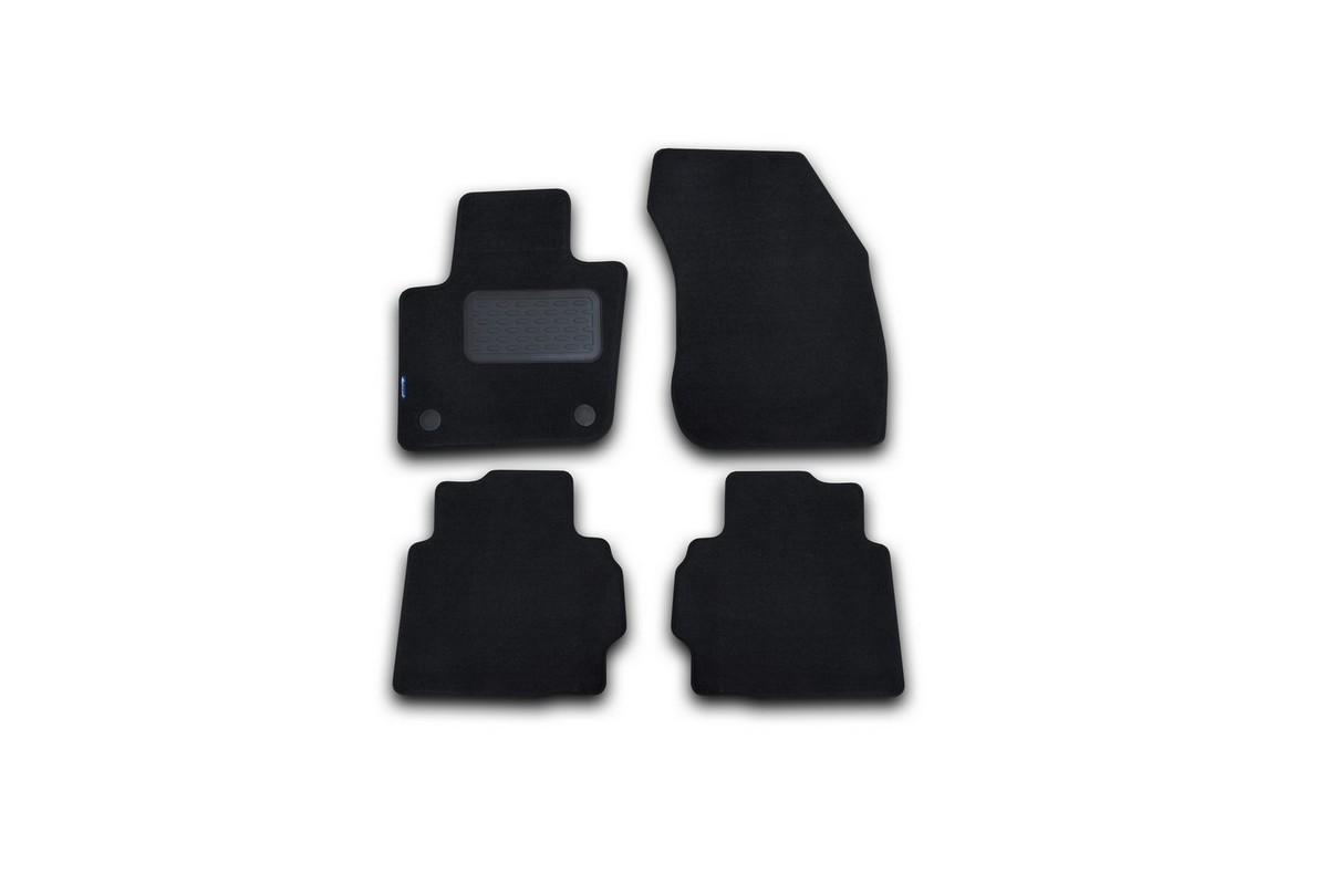 Набор автомобильных ковриков Novline-Autofamily для Ford Mondeo 2015-, седан, в салон, цвет: черный, 4 шт. NLT.16.66.11.110khFS-80264Набор автомобильных ковриков Novline-Autofamily, изготовленный из текстиля, состоит из 4 ковриков, которые учитывают все особенности каждой модели автомобиля и полностью повторяют контуры пола. Текстильные автомобильные коврики для салона произведены из высококачественного материала, который держит форму, прочный и не пачкает обувь. Коврики в салон не только улучшат внешний вид салона вашего автомобиля, но и надежно уберегут его от пыли, грязи и сырости, а значит, защитят кузов от коррозии. Текстильные коврики для автомобиля мягкие и приятные, а их основа из вспененного полиуретана не пропускает влагу. Ковры для автомобилей надежно крепятся на полу и не скользят, что очень важно во время движения. Чистятся коврики очень просто: как при помощи автомобильного пылесоса, так и различными моющими средствами. Набор подходит для Ford Mondeo седан с 2015 года выпуска.
