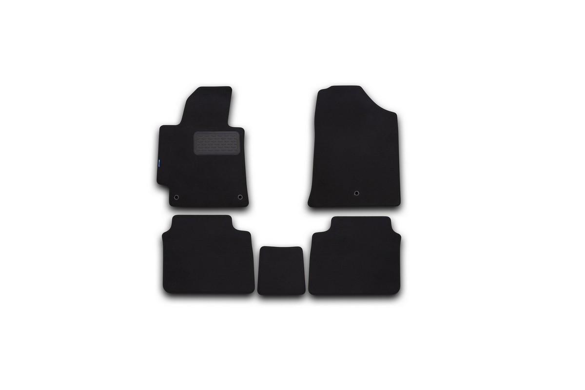 Набор автомобильных ковриков Novline-Autofamily для Hyundai Elantra 2014-, седан, в салон, 5 штFS-80264Набор автомобильных ковриков Novline-Autofamily, изготовленный из текстиля, состоит из 5 ковриков, которые учитывают все особенности каждой модели автомобиля и полностью повторяют контуры пола. Текстильные автомобильные коврики для салона произведены из высококачественного материала, который держит форму, прочный и не пачкает обувь. Коврики в салон не только улучшат внешний вид салона вашего автомобиля, но и надежно уберегут его от пыли, грязи и сырости, а значит, защитят кузов от коррозии. Текстильные коврики для автомобиля мягкие и приятные, а их основа из вспененного полиуретана не пропускает влагу. Ковры для автомобилей надежно крепятся на полу и не скользят, что очень важно во время движения. Чистятся коврики очень просто: как при помощи автомобильного пылесоса, так и различными моющими средствами. Набор подходит для Hyundai Elantra седан с 2014 года выпуска.