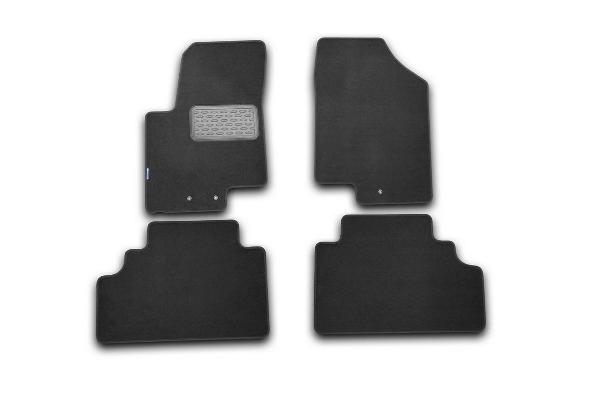Набор автомобильных ковриков Novline-Autofamily для Kia Venga 2010-, хэтчбек, в салон, 4 шт. NLT.25.34.11.110khFS-80264Набор автомобильных ковриков Novline-Autofamily, изготовленный из текстиля, состоит из 4 ковриков, которые учитывают все особенности каждой модели автомобиля и полностью повторяют контуры пола. Текстильные автомобильные коврики для салона произведены из высококачественного материала, который держит форму, прочный и не пачкает обувь. Коврики в салон не только улучшат внешний вид салона вашего автомобиля, но и надежно уберегут его от пыли, грязи и сырости, а значит, защитят кузов от коррозии. Текстильные коврики для автомобиля мягкие и приятные, а их основа из вспененного полиуретана не пропускает влагу. Ковры для автомобилей надежно крепятся на полу и не скользят, что очень важно во время движения. Чистятся коврики очень просто: как при помощи автомобильного пылесоса, так и различными моющими средствами. Набор подходит для Kia Venga хэтчбек с 2010 года выпуска.