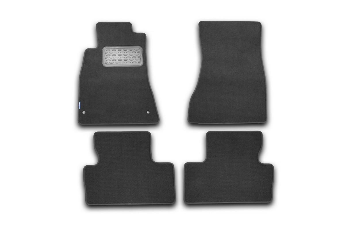 Набор автомобильных ковриков Novline-Autofamily для Lexus IS 250, IS F АКПП 2005-2013, седан, в салон, 4 штВетерок 2ГФНабор автомобильных ковриков Novline-Autofamily, изготовленный из текстиля, состоит из 4 ковриков, которые учитывают все особенности каждой модели автомобиля и полностью повторяют контуры пола. Текстильные автомобильные коврики для салона произведены из высококачественного материала, который держит форму, прочный и не пачкает обувь. Коврики в салон не только улучшат внешний вид салона вашего автомобиля, но и надежно уберегут его от пыли, грязи и сырости, а значит, защитят кузов от коррозии. Текстильные коврики для автомобиля мягкие и приятные, а их основа из вспененного полиуретана не пропускает влагу. Ковры для автомобилей надежно крепятся на полу и не скользят, что очень важно во время движения. Чистятся коврики очень просто: как при помощи автомобильного пылесоса, так и различными моющими средствами. Набор подходит для Lexus IS 250, IS F АКПП седан 2005-2013 годов выпуска
