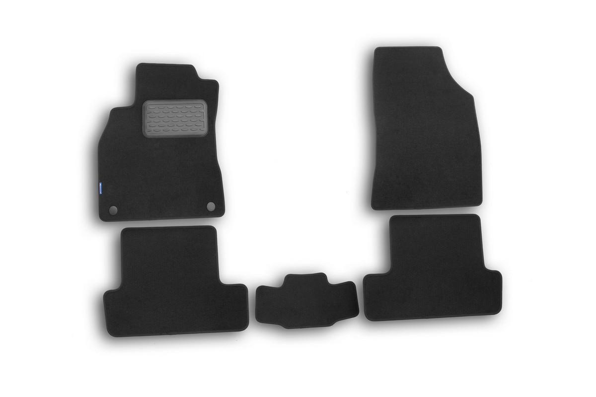 Набор автомобильных ковриков Novline-Autofamily для Renault Megane III 2010-, хэтчбек, в салон, 5 шт54 009318Набор автомобильных ковриков Novline-Autofamily, изготовленный из текстиля, состоит из 5 ковриков, которые учитывают все особенности каждой модели автомобиля и полностью повторяют контуры пола. Текстильные автомобильные коврики для салона произведены из высококачественного материала, который держит форму, прочный и не пачкает обувь. Коврики в салон не только улучшат внешний вид салона вашего автомобиля, но и надежно уберегут его от пыли, грязи и сырости, а значит, защитят кузов от коррозии. Текстильные коврики для автомобиля мягкие и приятные, а их основа из вспененного полиуретана не пропускает влагу. Ковры для автомобилей надежно крепятся на полу и не скользят, что очень важно во время движения. Чистятся коврики очень просто: как при помощи автомобильного пылесоса, так и различными моющими средствами. Набор подходит для Renault Megane III хэтчбек с 2010 года выпуска.
