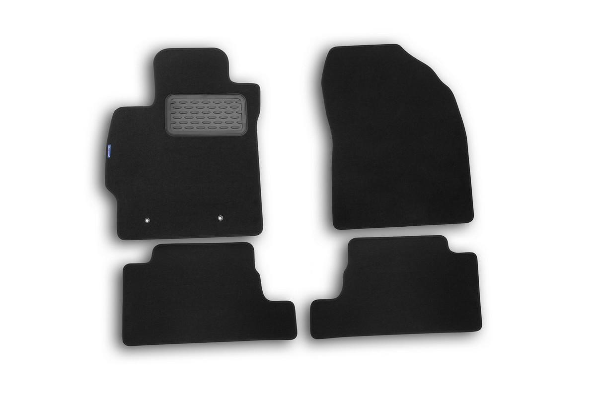 Набор автомобильных ковриков Novline-Autofamily для Toyota Auris 2010-, хэтчбек, в салон, 4 штCARPGT00001Набор автомобильных ковриков Novline-Autofamily, изготовленный из текстиля, состоит из 4 ковриков, которые учитывают все особенности каждой модели автомобиля и полностью повторяют контуры пола. Текстильные автомобильные коврики для салона произведены из высококачественного материала, который держит форму, прочный и не пачкает обувь. Коврики в салон не только улучшат внешний вид салона вашего автомобиля, но и надежно уберегут его от пыли, грязи и сырости, а значит, защитят кузов от коррозии. Текстильные коврики для автомобиля мягкие и приятные, а их основа из вспененного полиуретана не пропускает влагу. Ковры для автомобилей надежно крепятся на полу и не скользят, что очень важно во время движения. Чистятся коврики очень просто: как при помощи автомобильного пылесоса, так и различными моющими средствами. Набор подходит для Toyota Auris хэтчбек с 2010 года выпуска.
